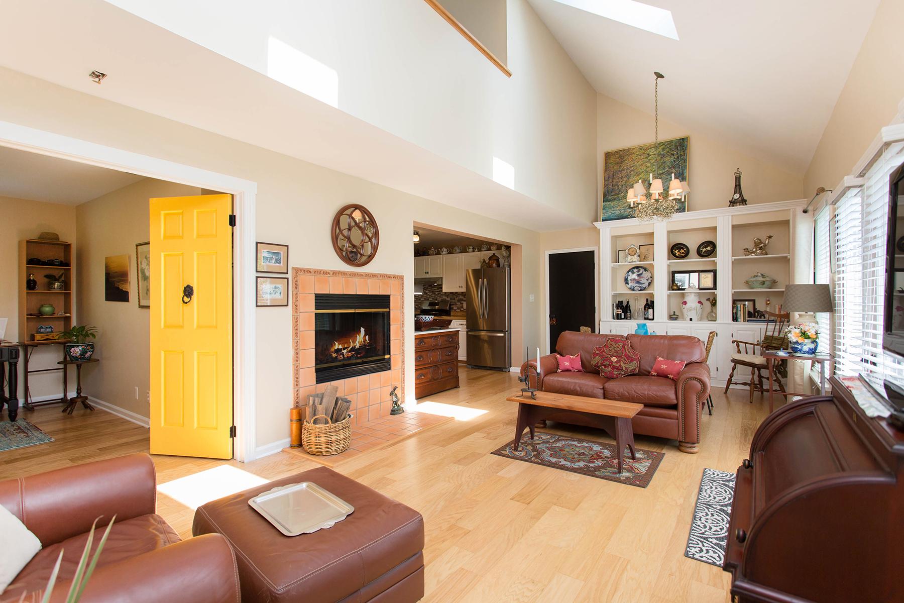 Maison unifamiliale pour l Vente à Artist Country Retreat 148 Haas Rd Schuylerville, New York 12871 États-Unis