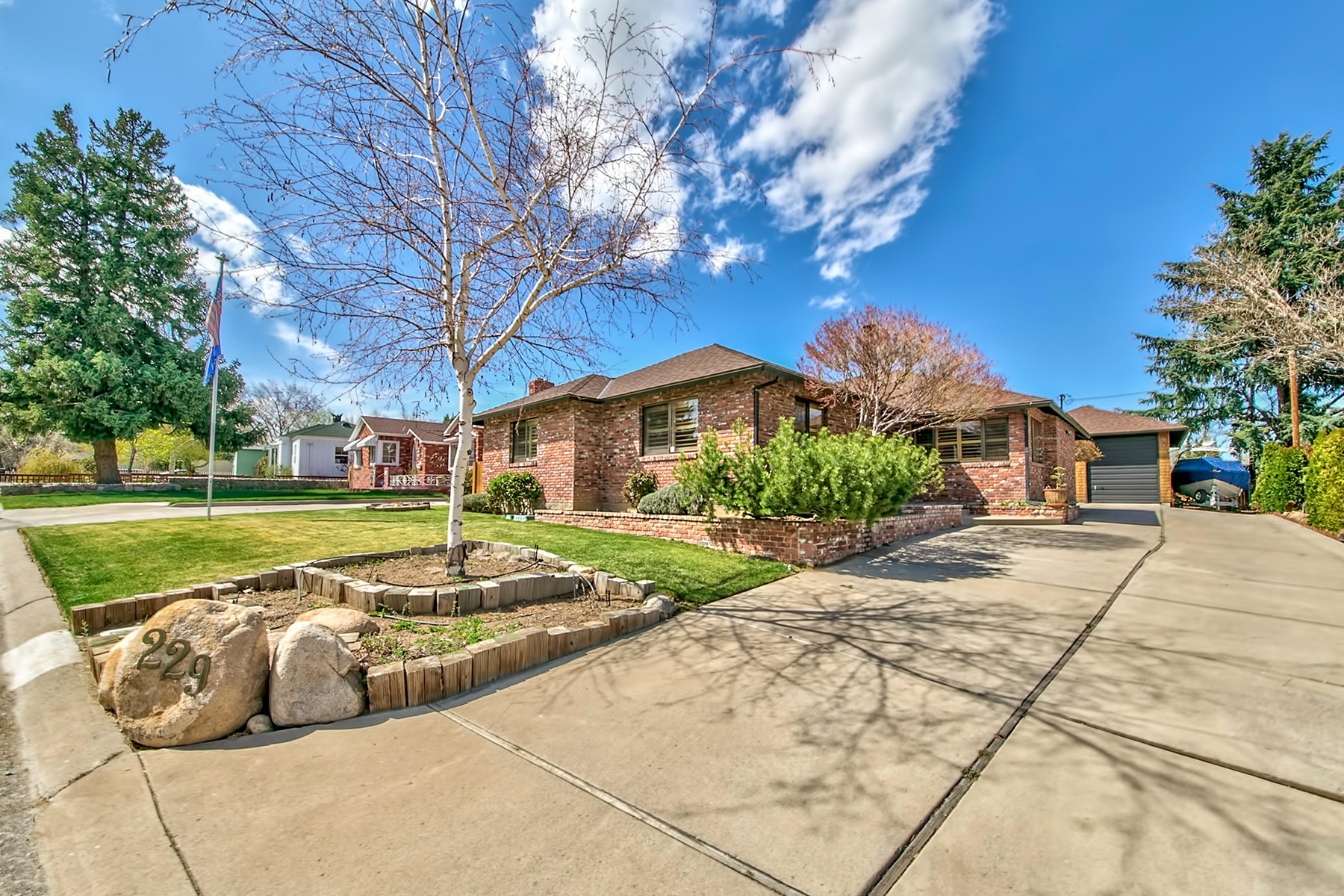 Single Family Home for Sale at 229 Bonnie Briar Place, Reno, Nevada 89509 Reno, Nevada, 89509 Lake Tahoe, United States