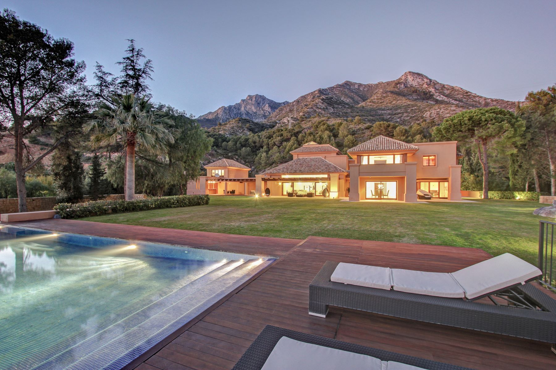 single family homes for Sale at Unique Contemporary Villa in Marbella Golden Mile Marbella, Costa Del Sol 29601 Spain