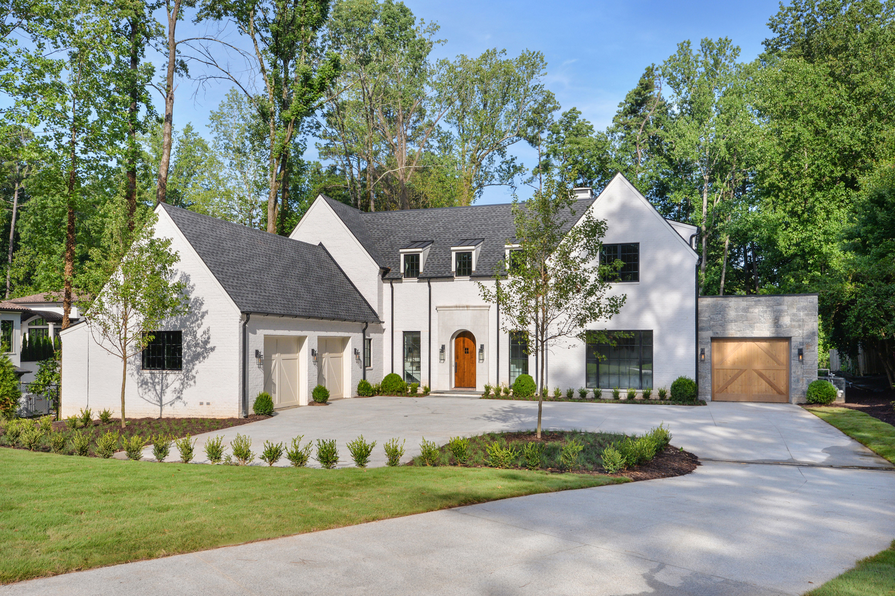 Single Family Home for Sale at Classic Traditional Design With A Contemporary Edge 4560 Peachtree Dunwoody Road NE Sandy Springs, Georgia 30342 United States