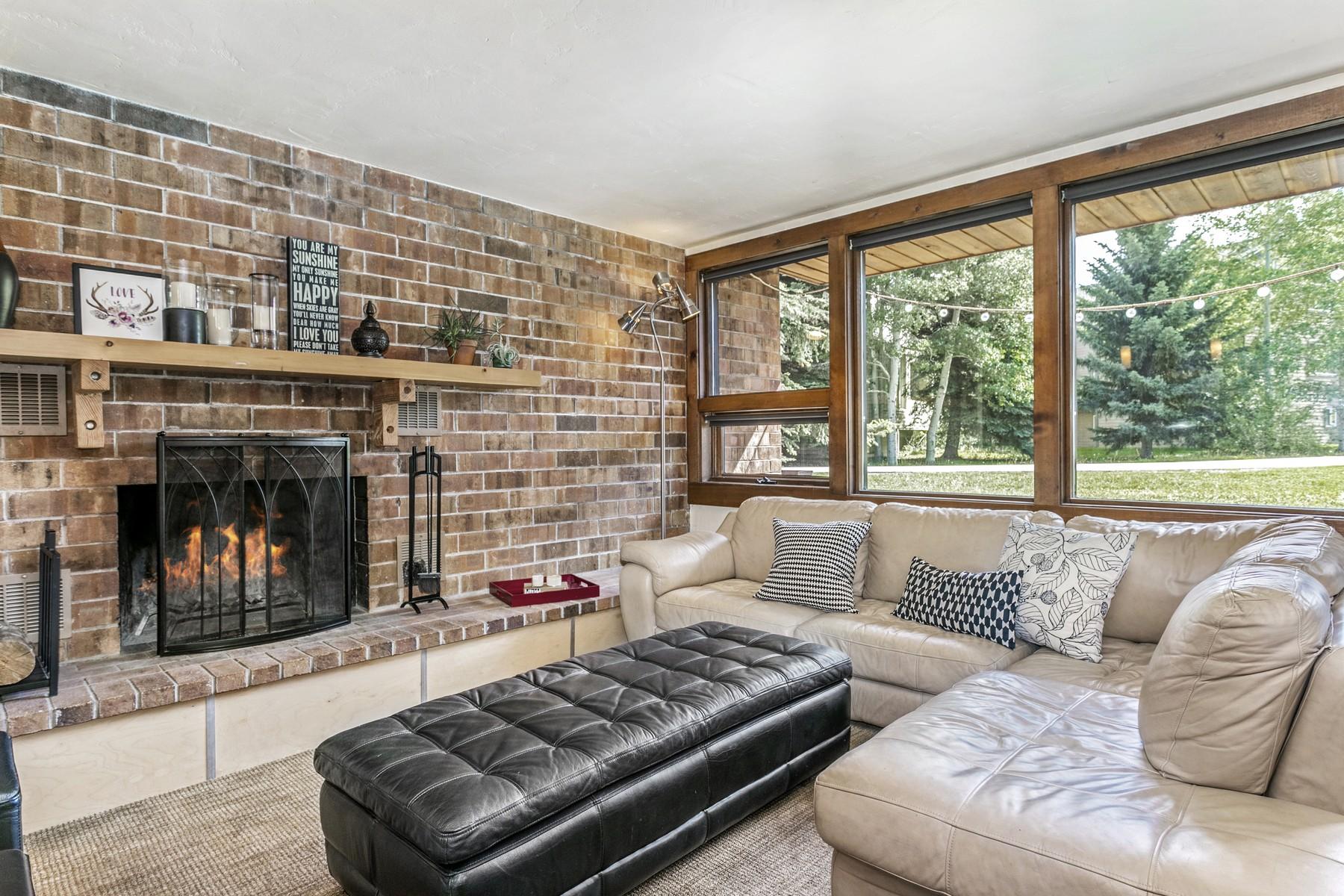 Condominiums για την Πώληση στο Nineteenth Fairway Townhomes #C19 54 Columbine Circle #C19, Avon, Κολοραντο 81620 Ηνωμένες Πολιτείες