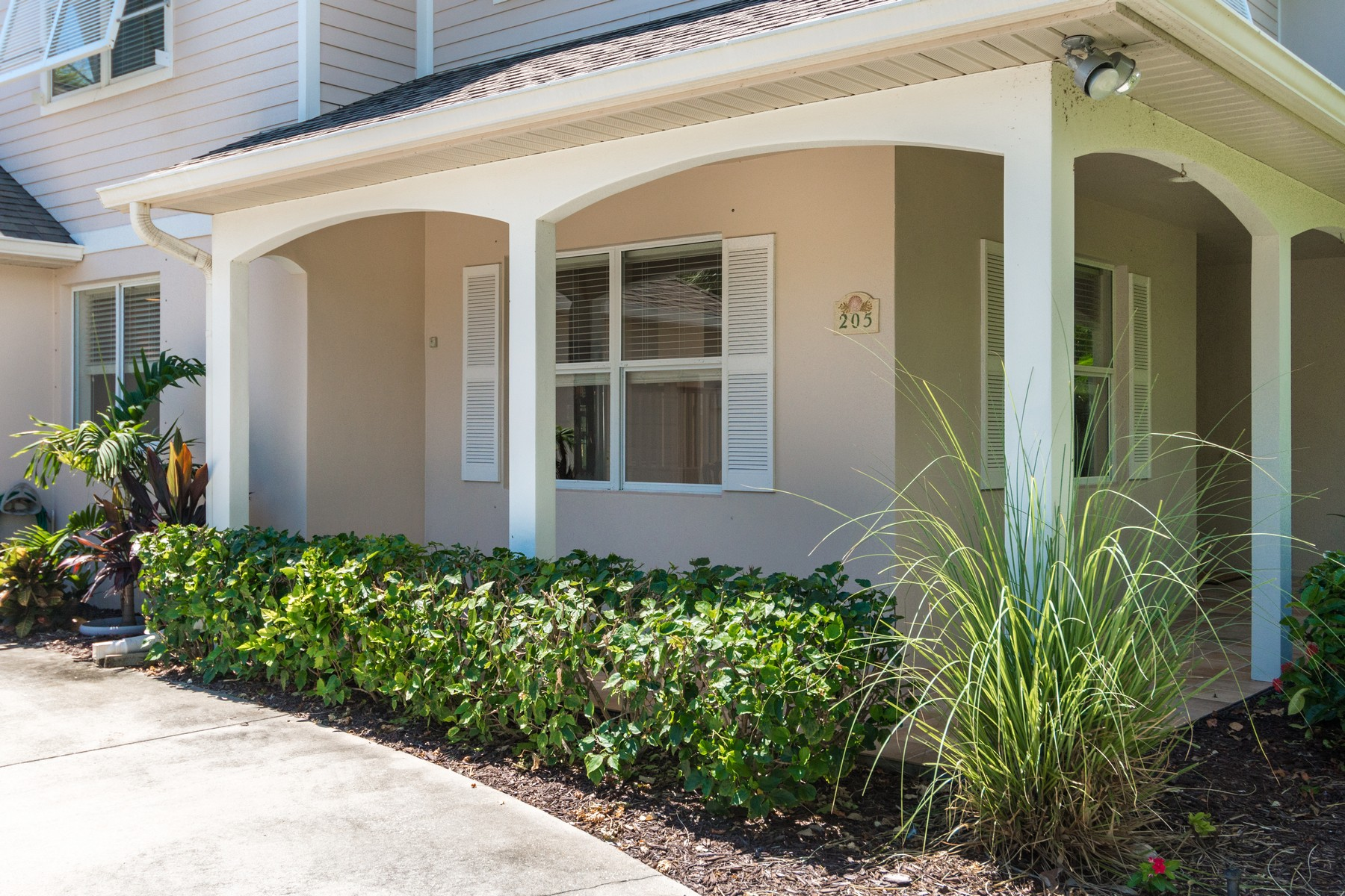 Vivienda unifamiliar por un Venta en 205 Fourth Avenue Melbourne Beach, Florida, 32951 Estados Unidos