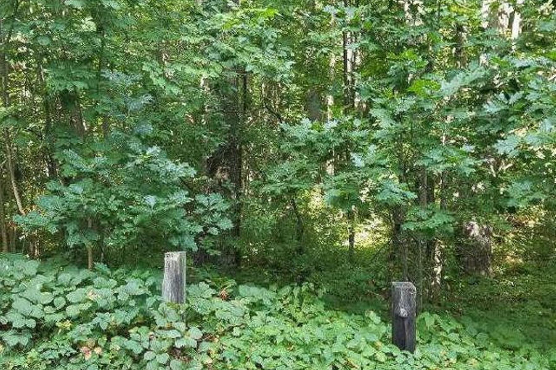 Land for Active at 11 Stevens Way Durham, New Hampshire 03824 United States
