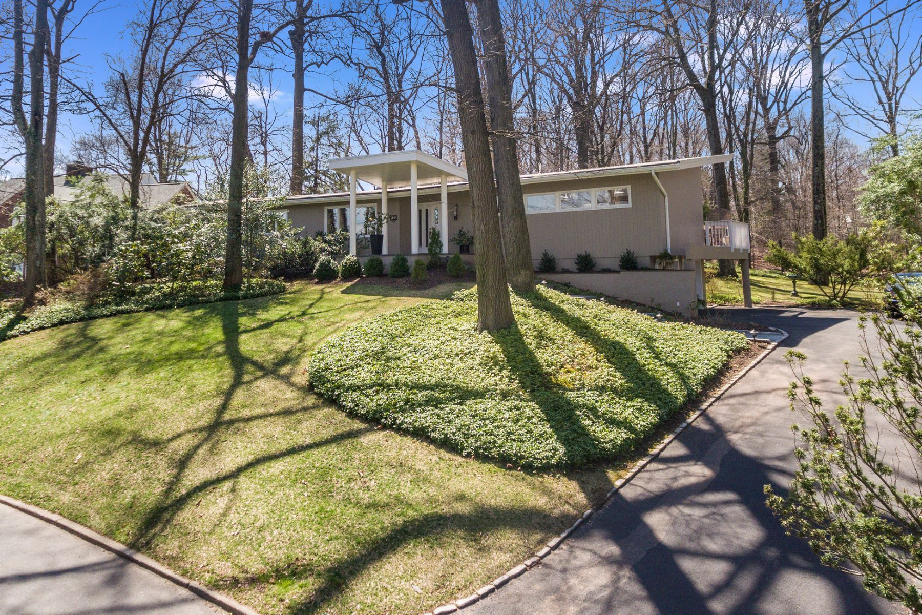 Single Family Home for Sale at Mid Century Beauty 10 Londonderry Way Summit, New Jersey, 07901 United States