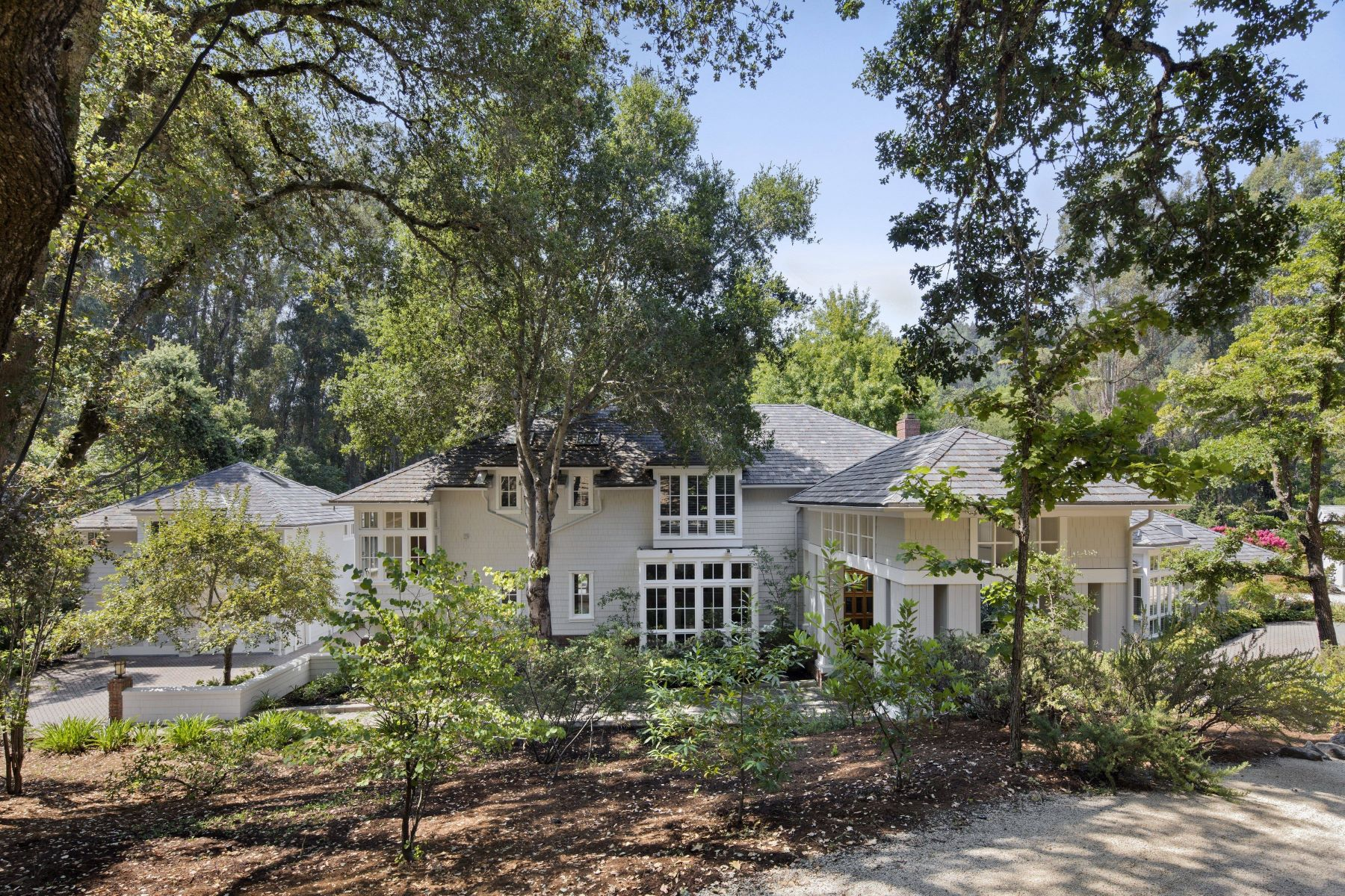Single Family Home for Active at 215 Josselyn Lane 215 Josselyn Lane Woodside, California 94062 United States
