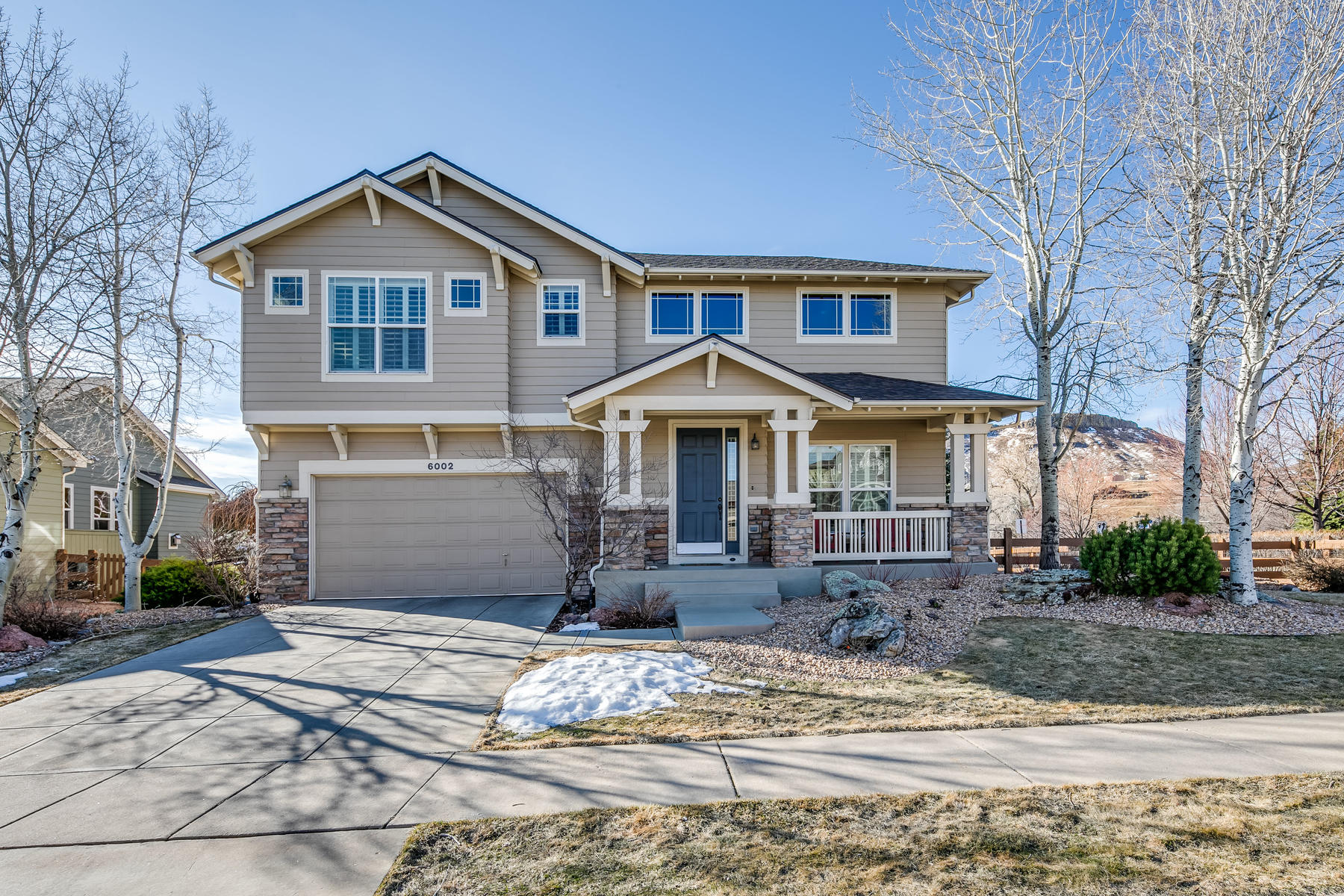Single Family Homes のために 売買 アット Look No Further! 6002 Umber Street Arvada, コロラド 80403 アメリカ