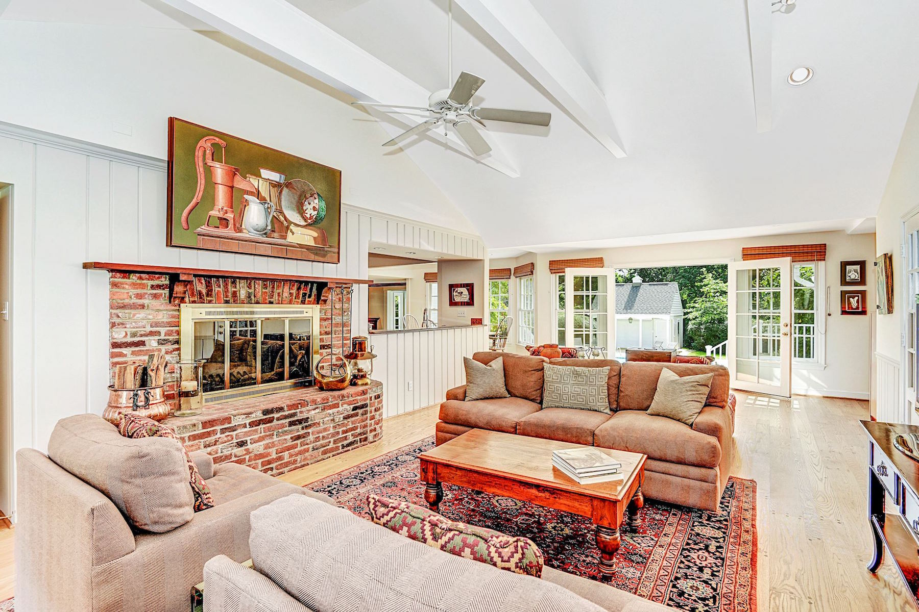 Additional photo for property listing at 8810 Saunders Ln 8810 Saunders Ln Bethesda, Maryland 20817 United States