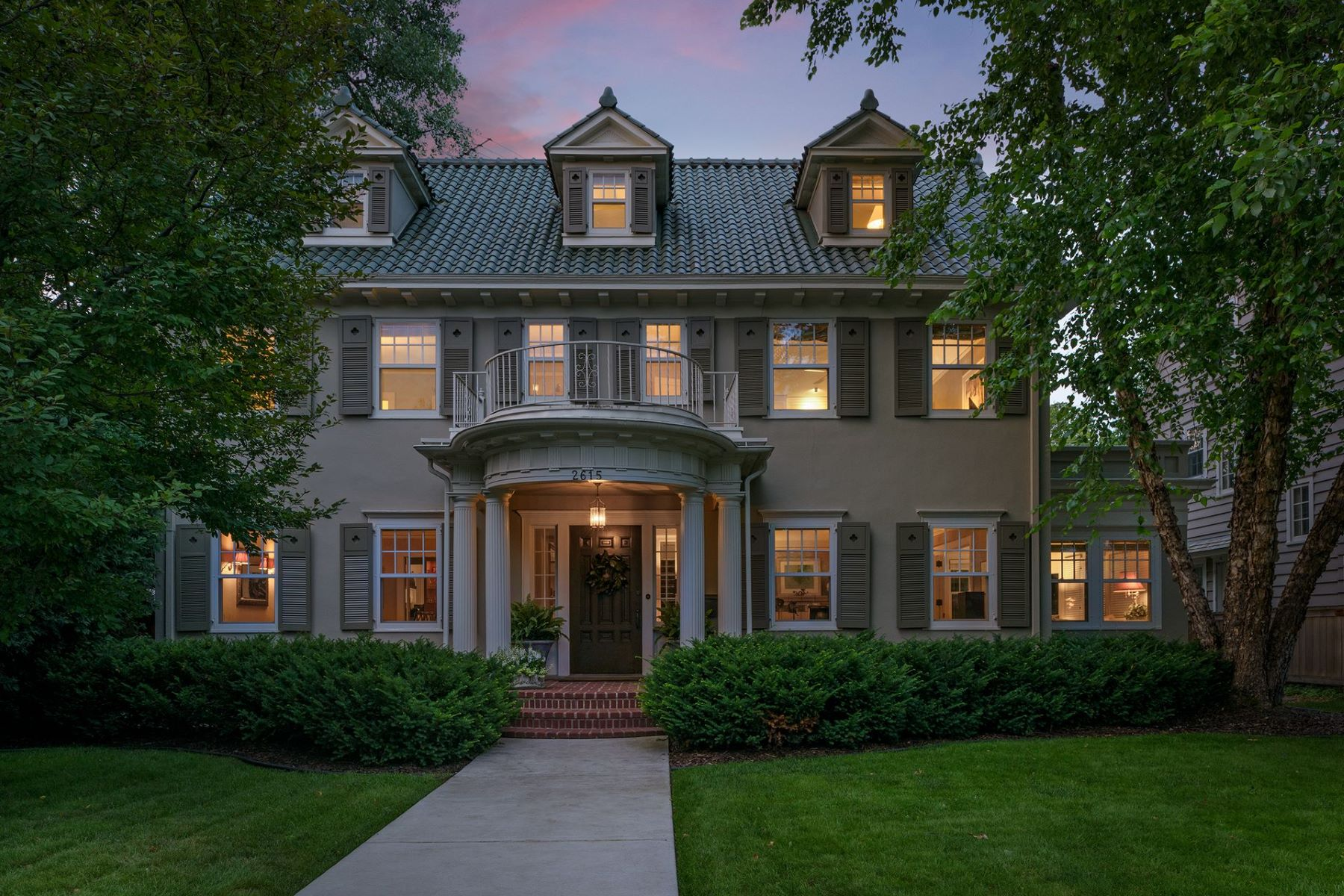 Single Family Homes voor Verkoop op Minneapolis, Minnesota 55408 Verenigde Staten