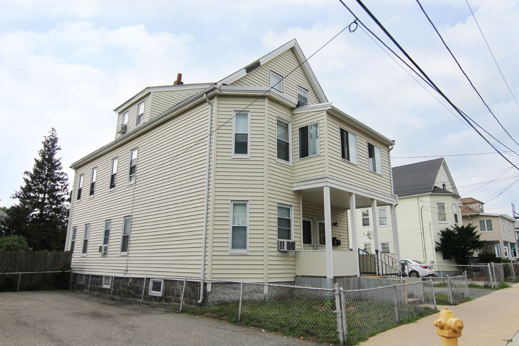 Multi-Family Homes for Sale at 8 Martin Street, Medford 8 Martin St Medford, Massachusetts 02155 United States