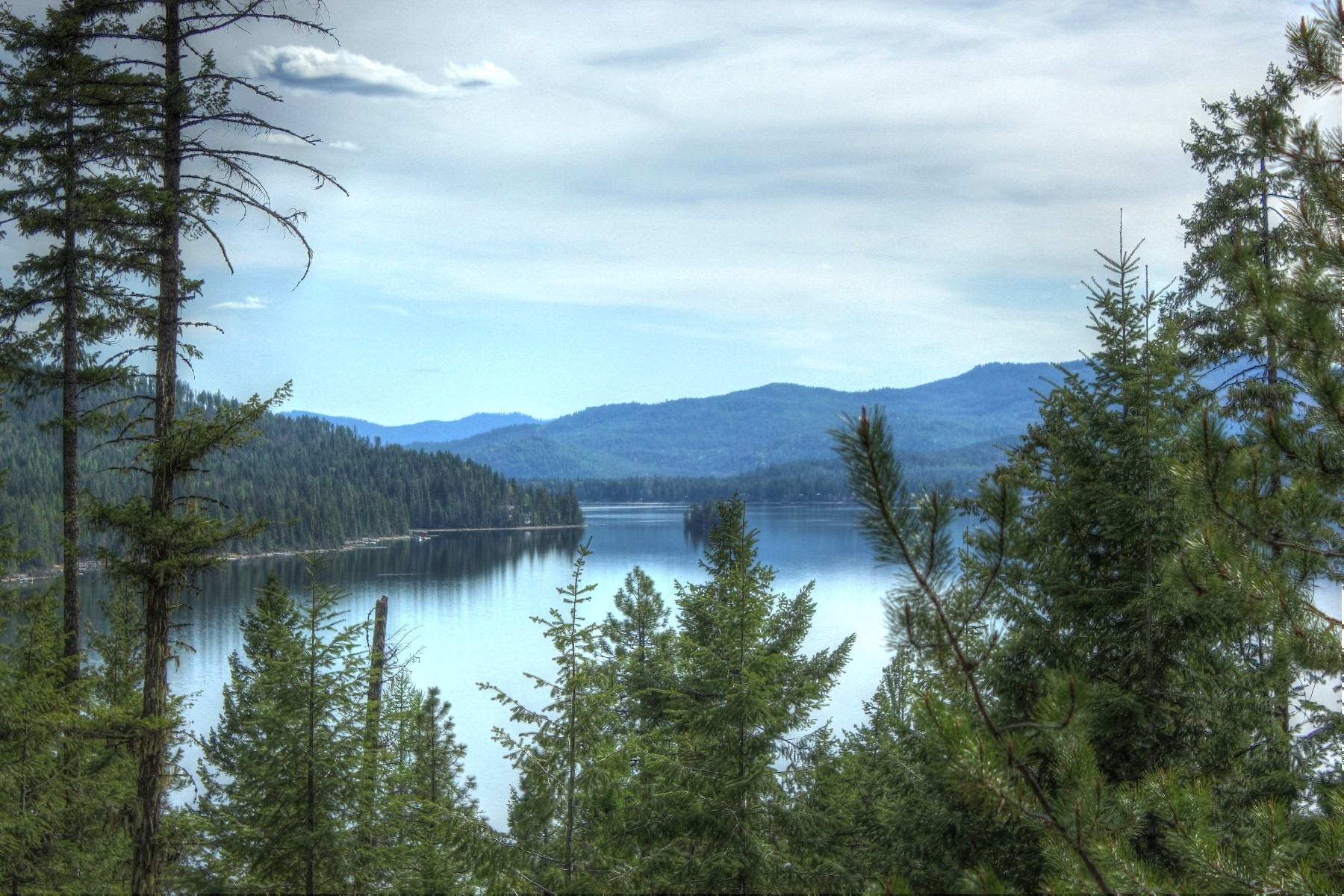 Land for Sale at RidgeView Terrace at Huckleberry Bay 10 Ridgeview Ln Coolin, Idaho 83821 United States
