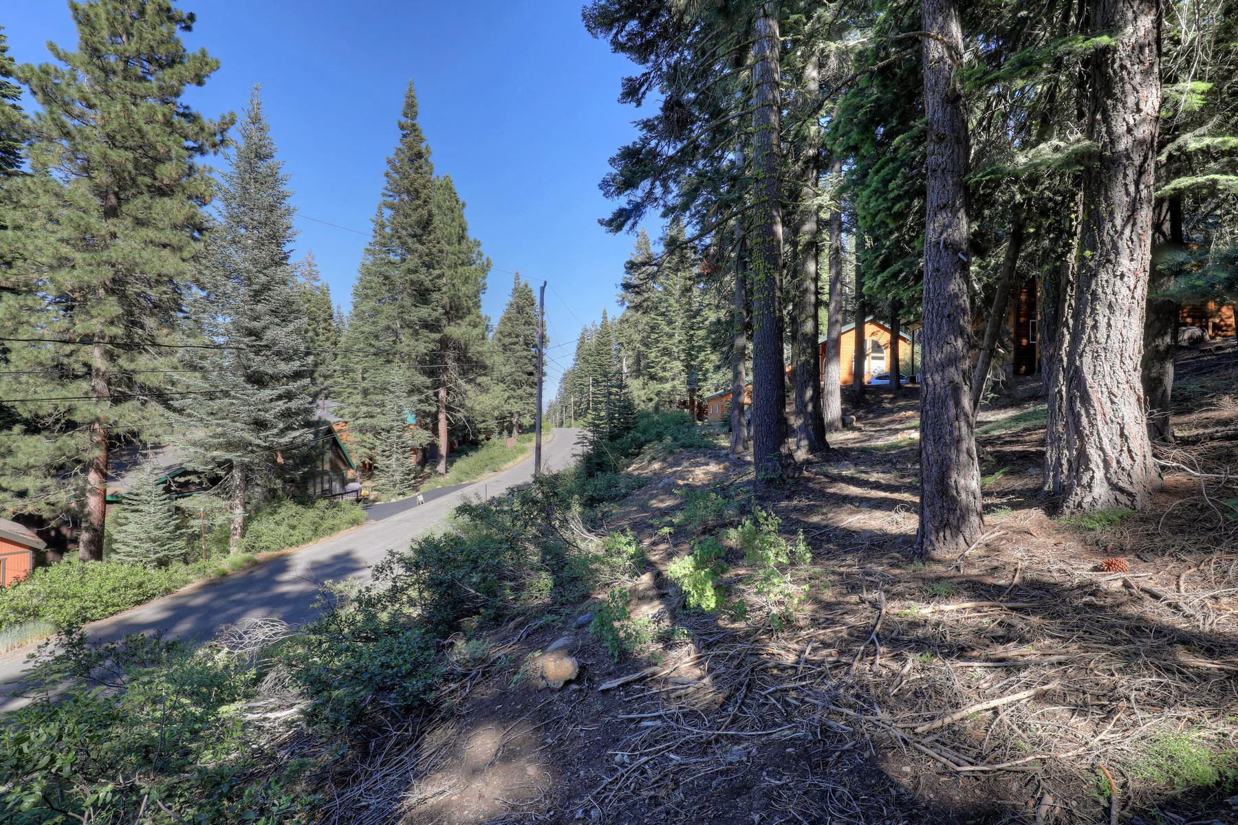 Additional photo for property listing at 14281 Herringbone Way, Truckee, CA 14281 Herringbone Way Truckee, California 96161 United States