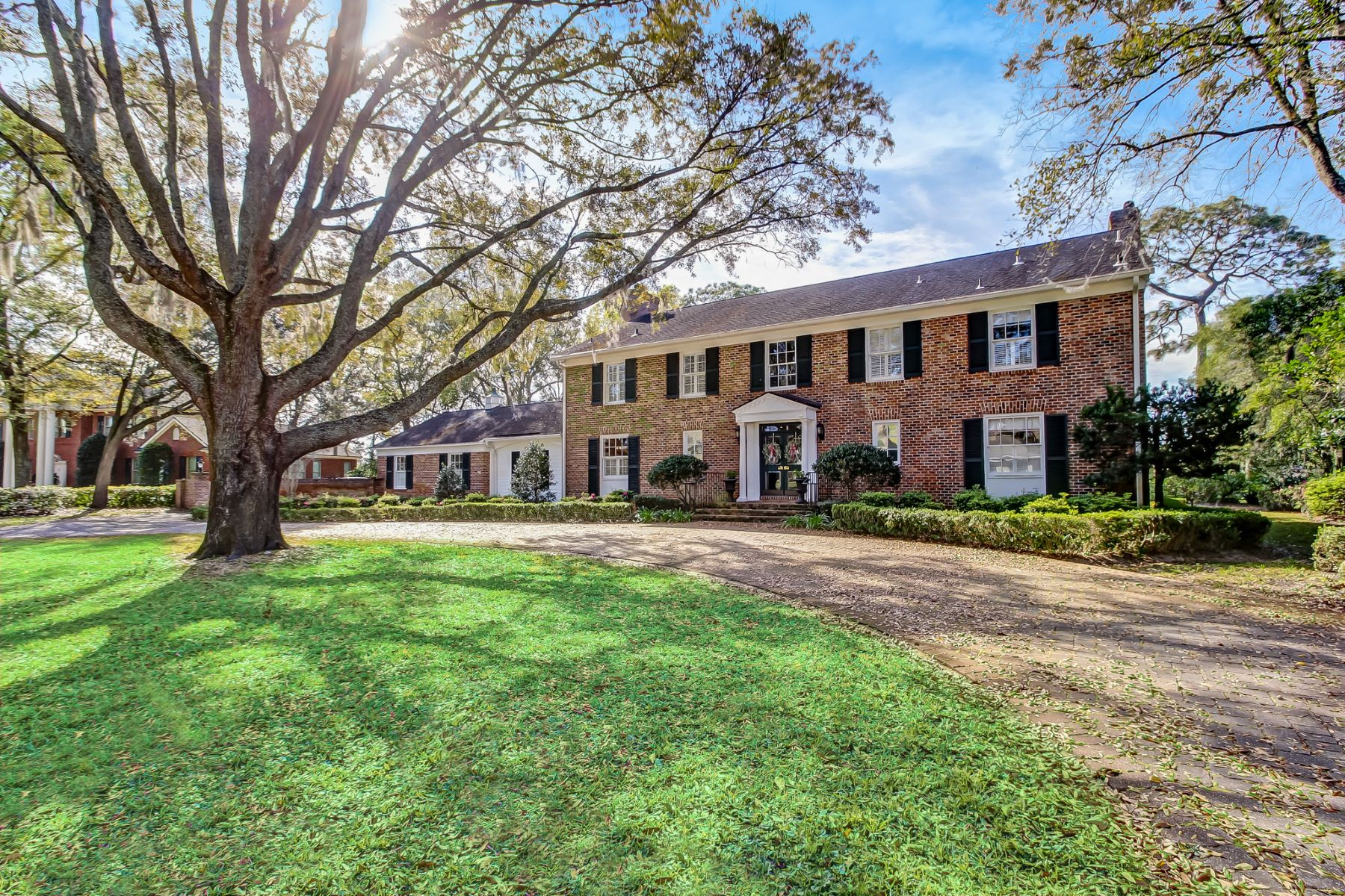 Single Family Home for Sale at Golf course Home on the 1st Fairway 10120 Whippoorwill Lane Deerwood, Jacksonville, Florida, 32256 United States
