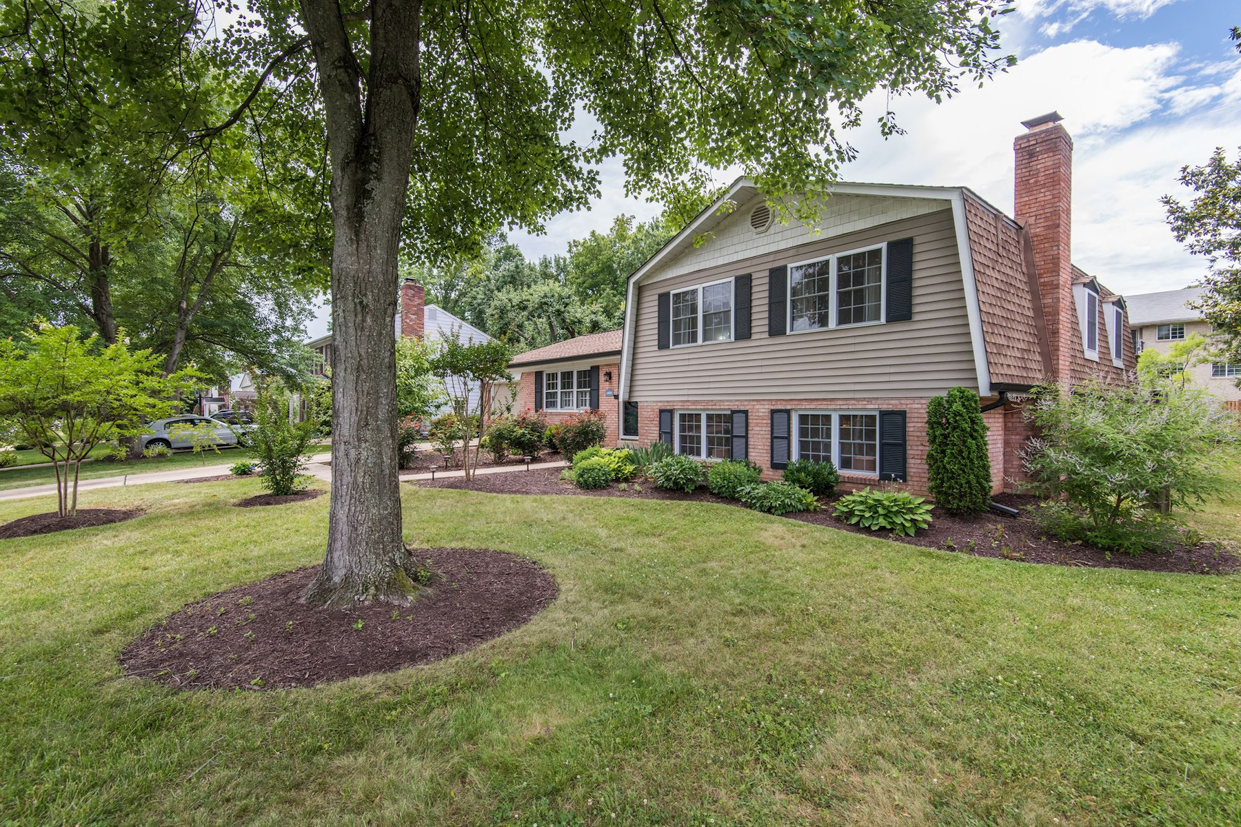 Single Family Home for Sale at 7518 Milway Drive, Alexandria Alexandria, Virginia 22306 United States