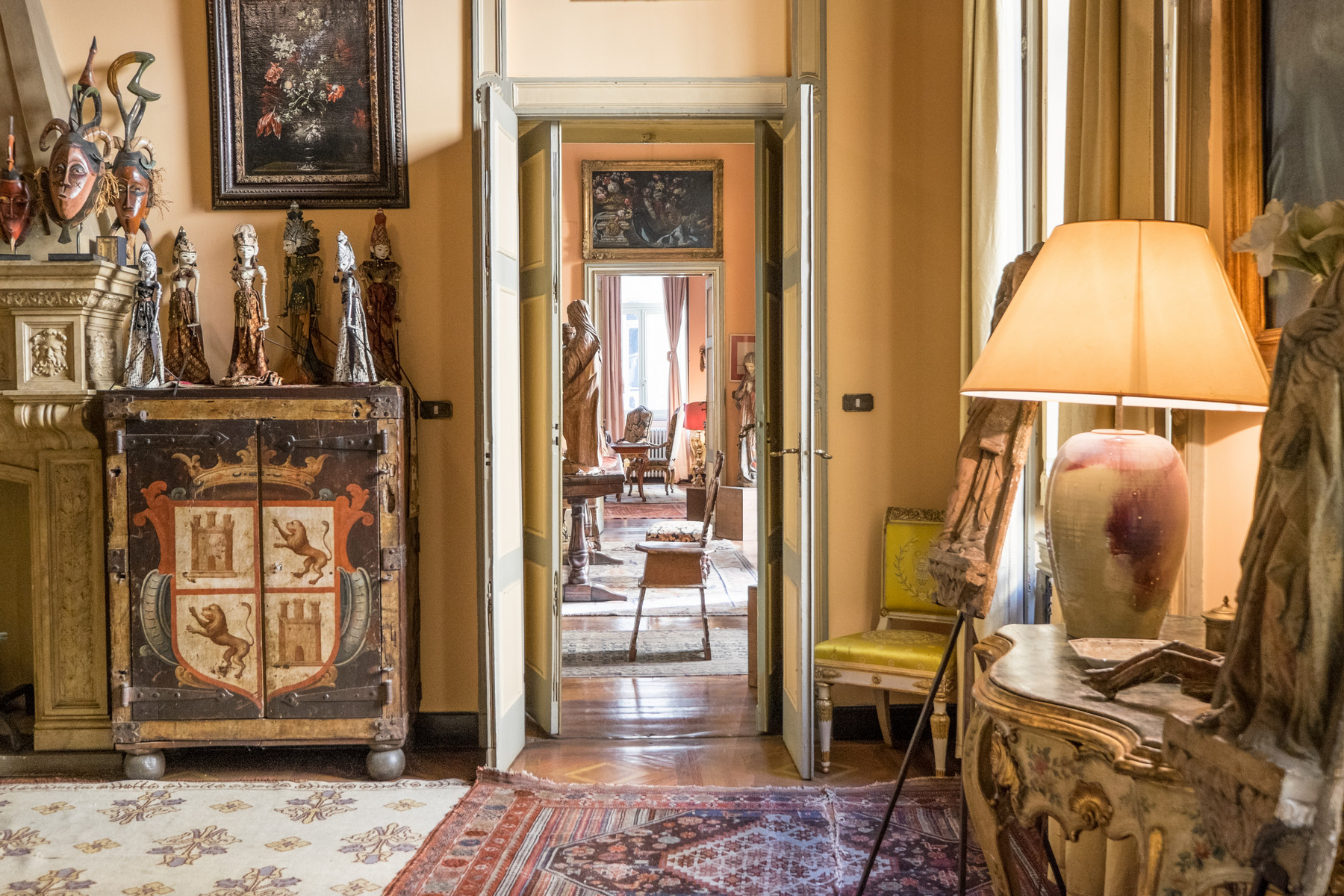 Additional photo for property listing at Gorgeous apartment in historical Palazzo Via Principe Amedeo Torino, Turin 10123 Italien