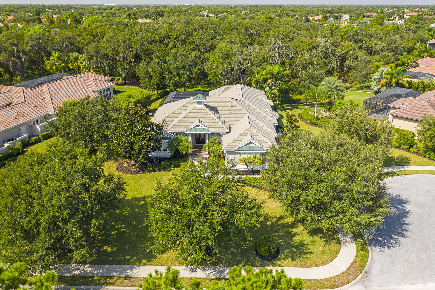 Single Family Homes 용 매매 에 LAKEWOOD RANCH COUNTRY CLUB 13714 Matanzas Pl Bradenton, 플로리다 34202 미국