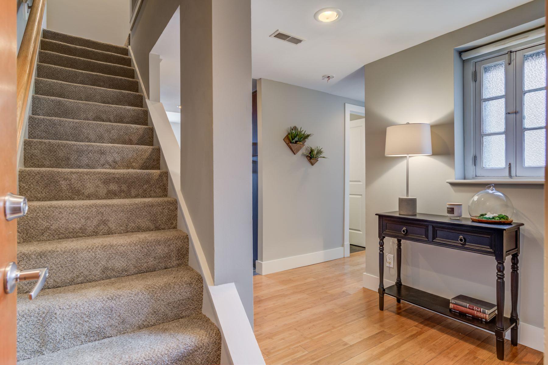 Additional photo for property listing at Westgate Ave 601 Westgate Ave # 601C University City, Missouri 63130 United States