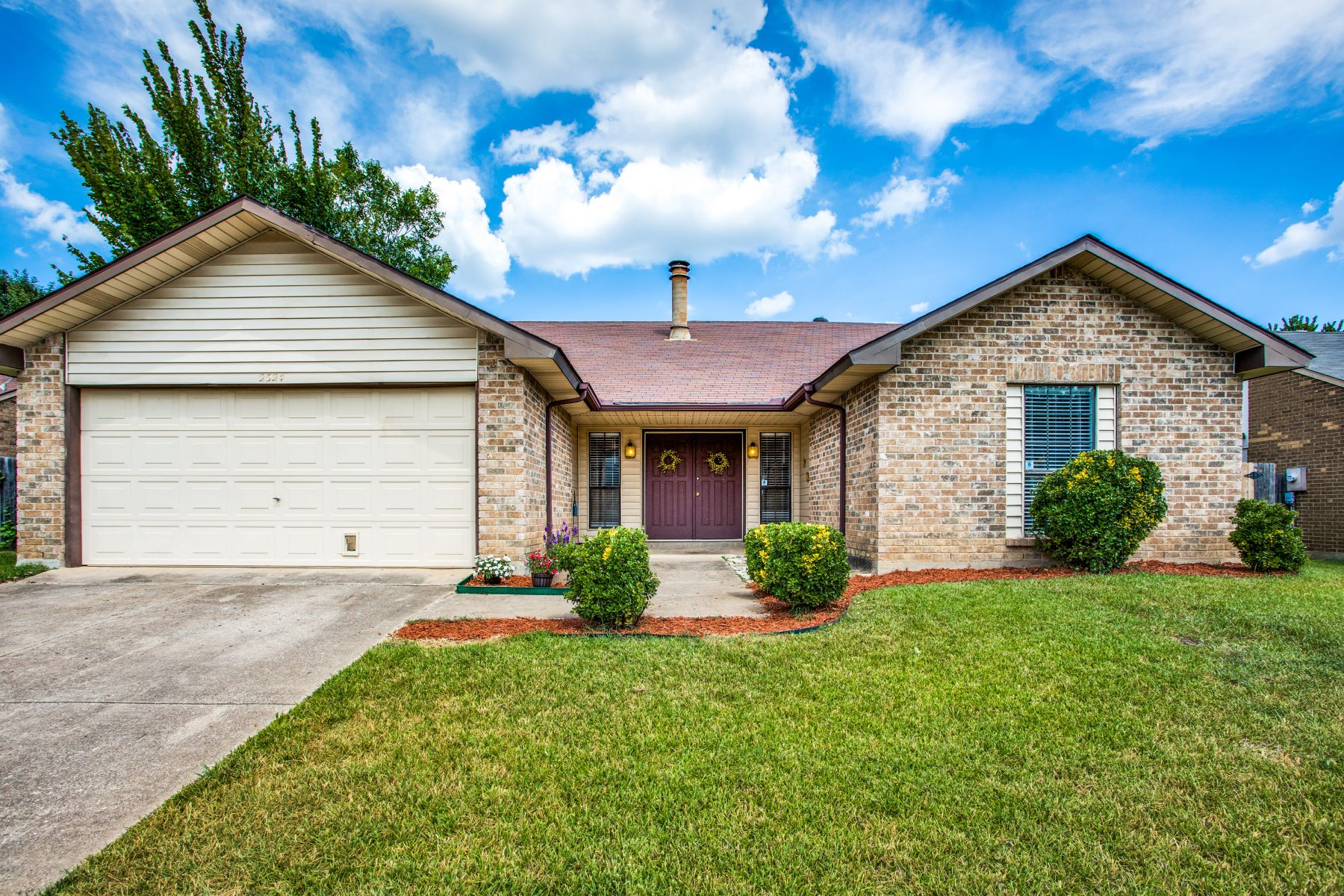 Single Family Homes for Active at Charming and Well Maintained Home 2524 Chinaberry Drive Bedford, Texas 76021 United States