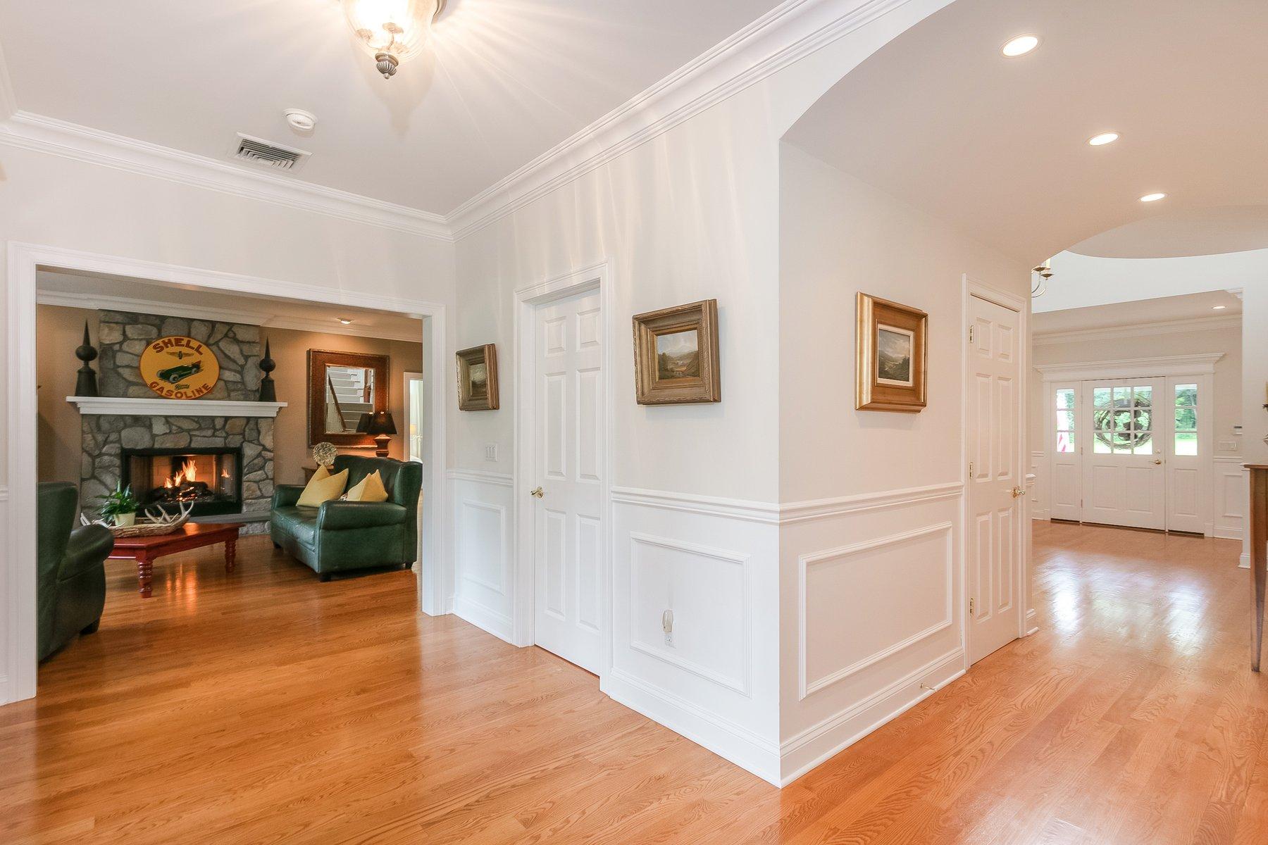 Additional photo for property listing at Warwick Meadows 57 Newport Bridge Road Warwick, New York 10990 United States