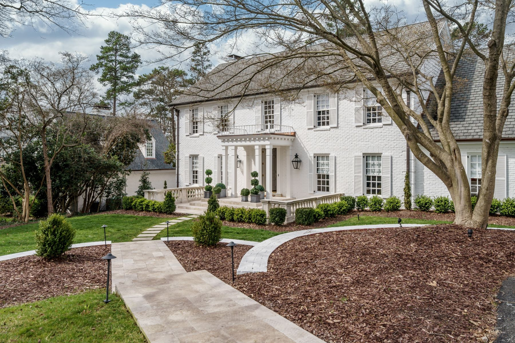Single Family Homes for Sale at Exquisite Renovation in Prestigious Williamsborough 3708 Williamsborough Court Raleigh, North Carolina 27609 United States