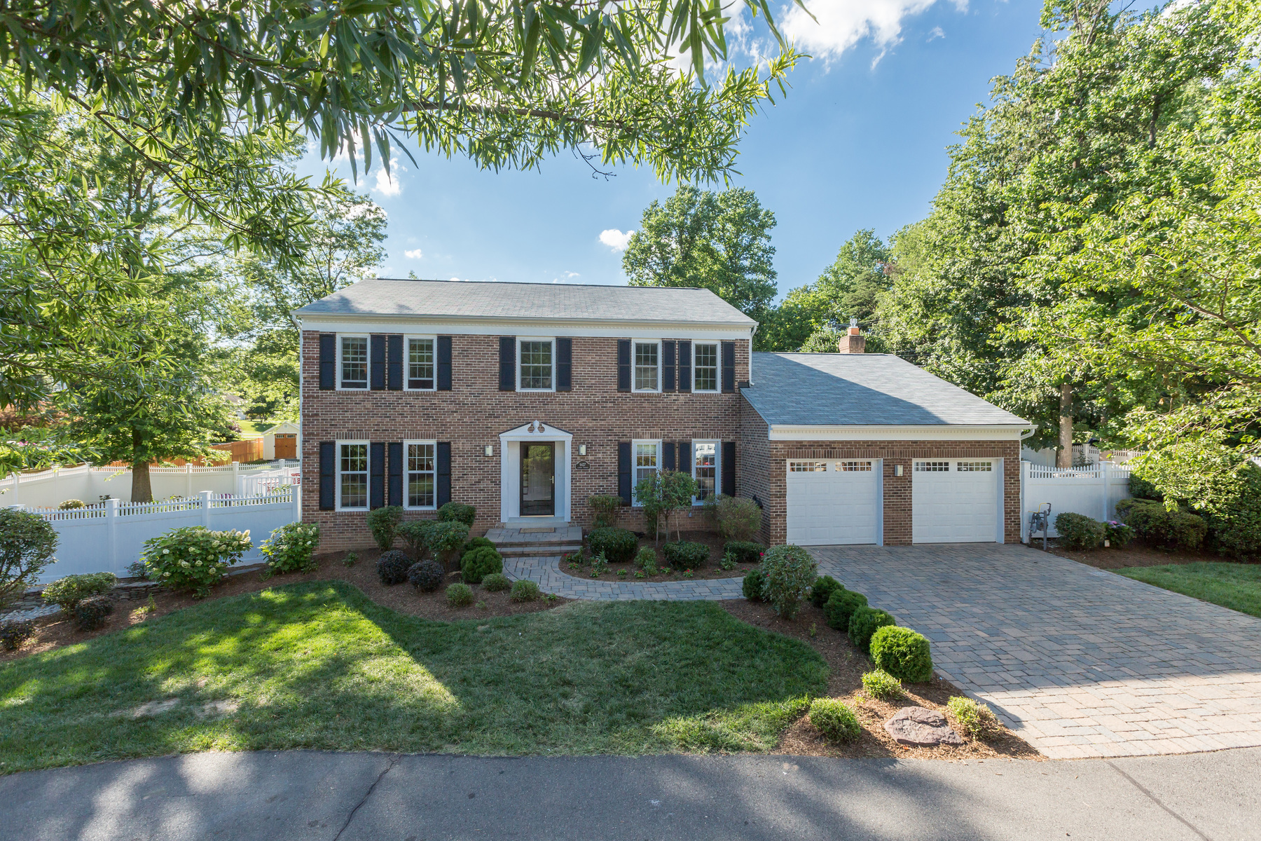 Single Family Home for Sale at 6427 Linway Terrace, Mclean McLean, Virginia, 22101 United States