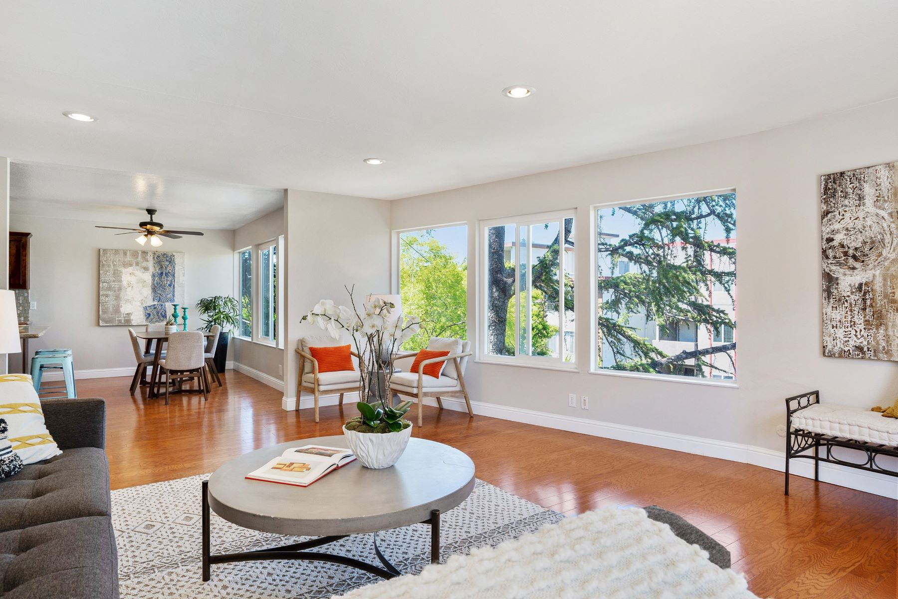 Single Family Homes for Sale at Light Filled And Spacious Corner Unit 250 Montecito Avenue #301 Oakland, California 94610 United States