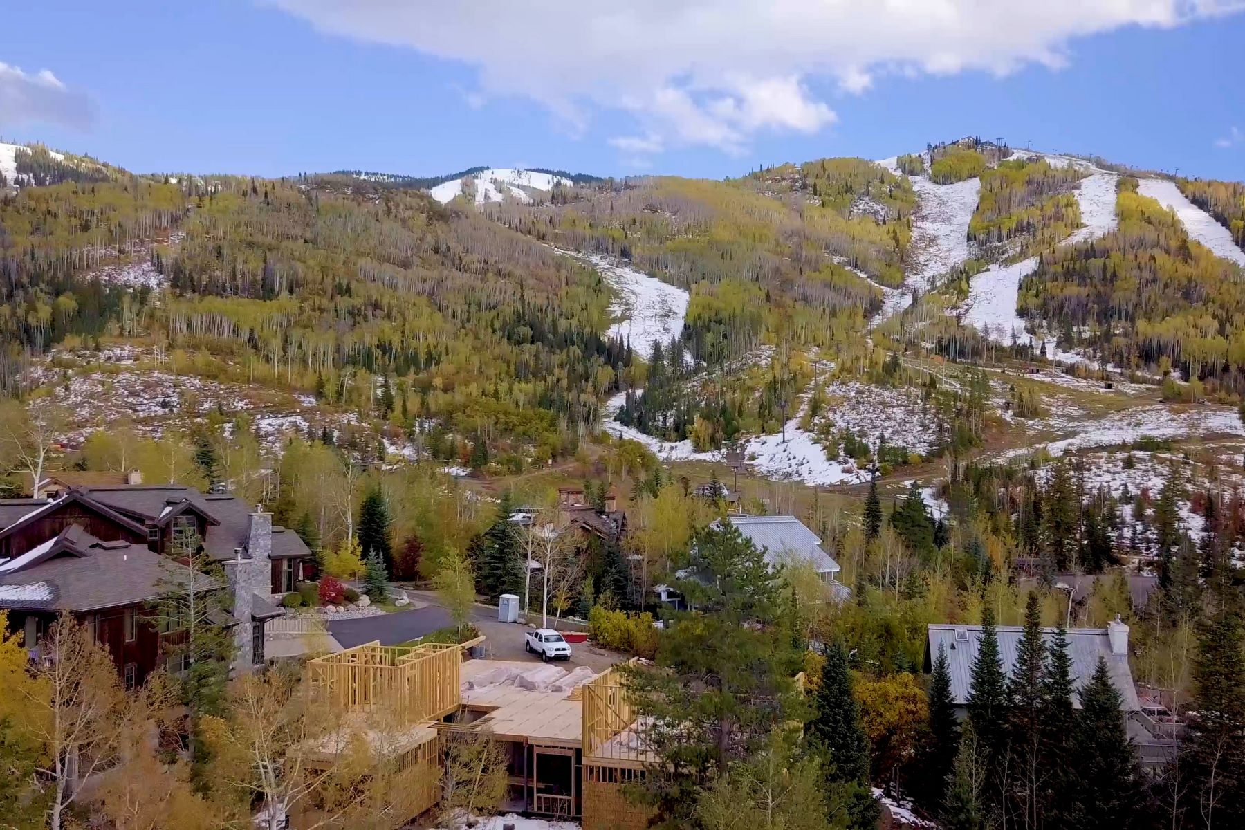 Additional photo for property listing at Thunderhead Base Lodge 3035 Temple Knolls Steamboat Springs, Colorado 80487 United States