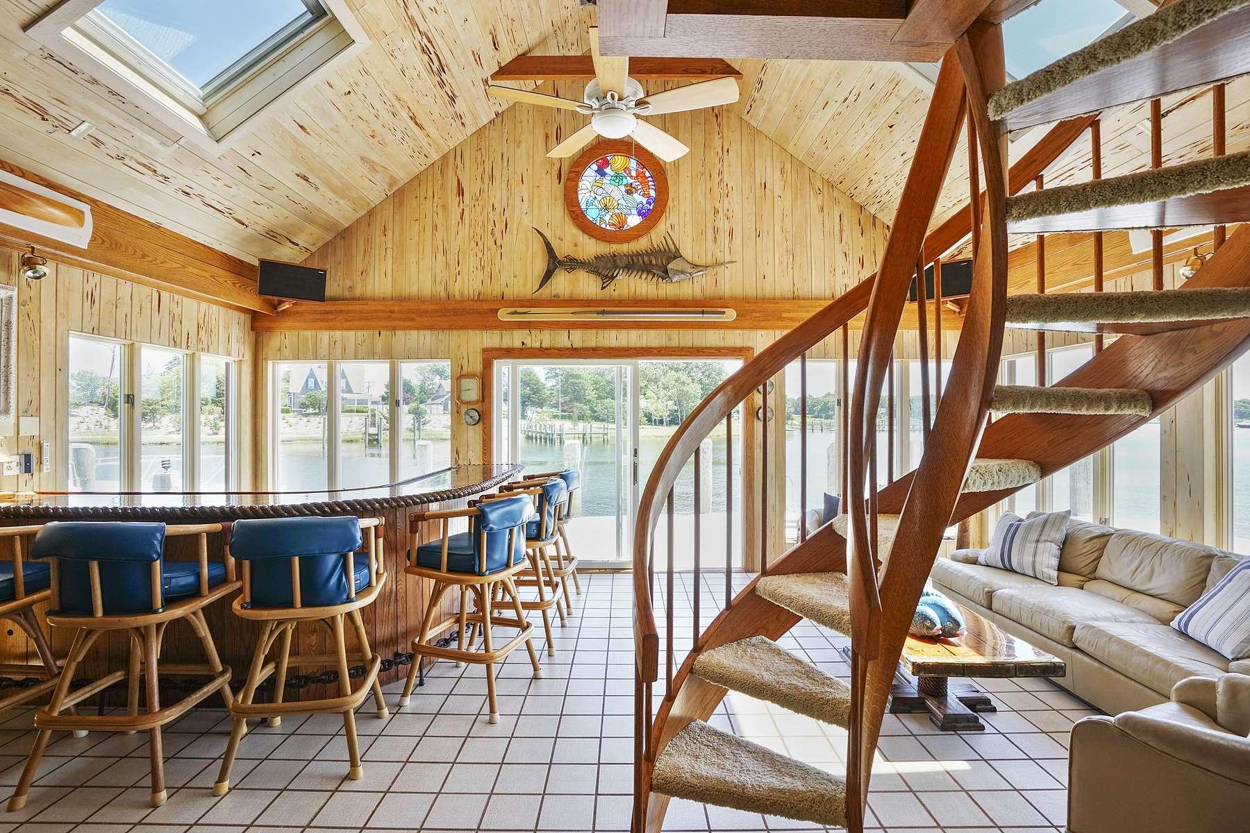 Additional photo for property listing at 227 Bridge Street Osterville, Massachusetts 02655 Estados Unidos