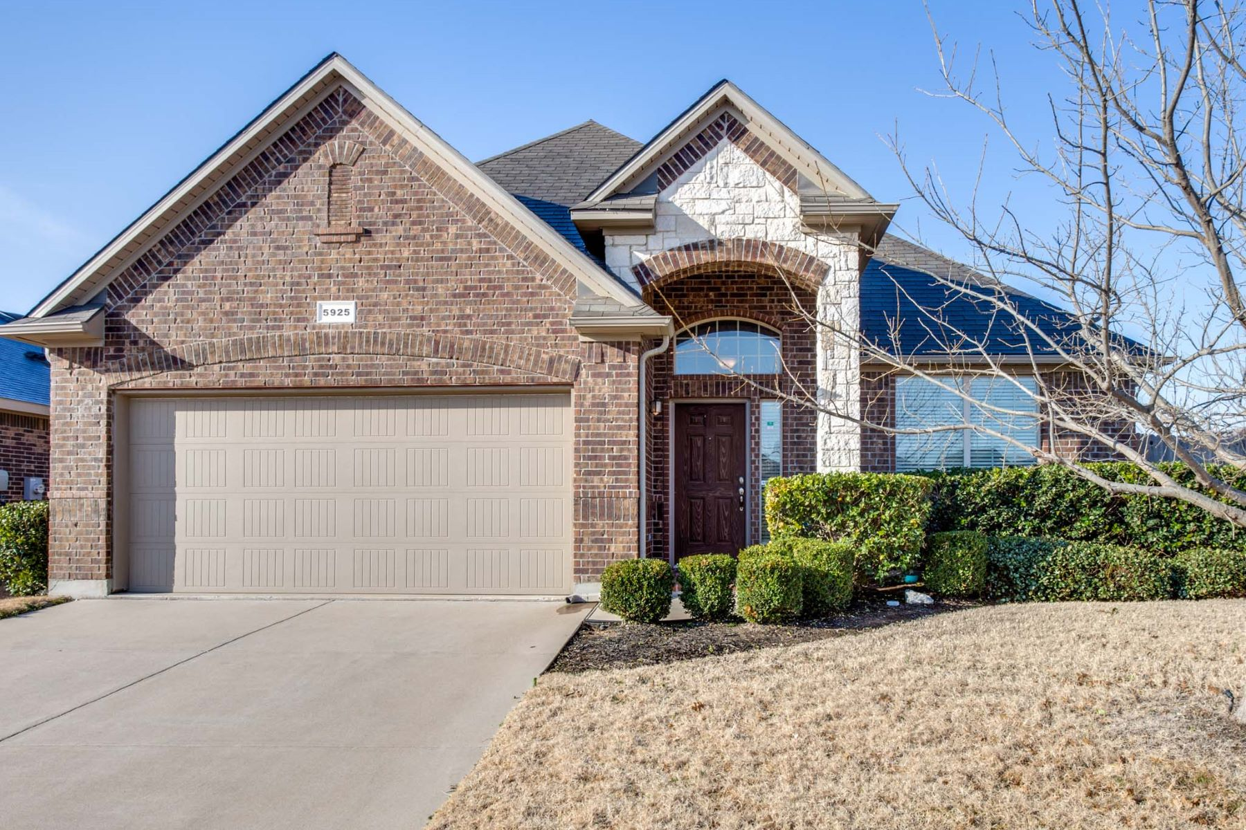 Single Family Home for Sale at 5925 Paluxy Sands Tr. 5925 Paluxy Sands Trail, Fort Worth, Texas, 76179 United States