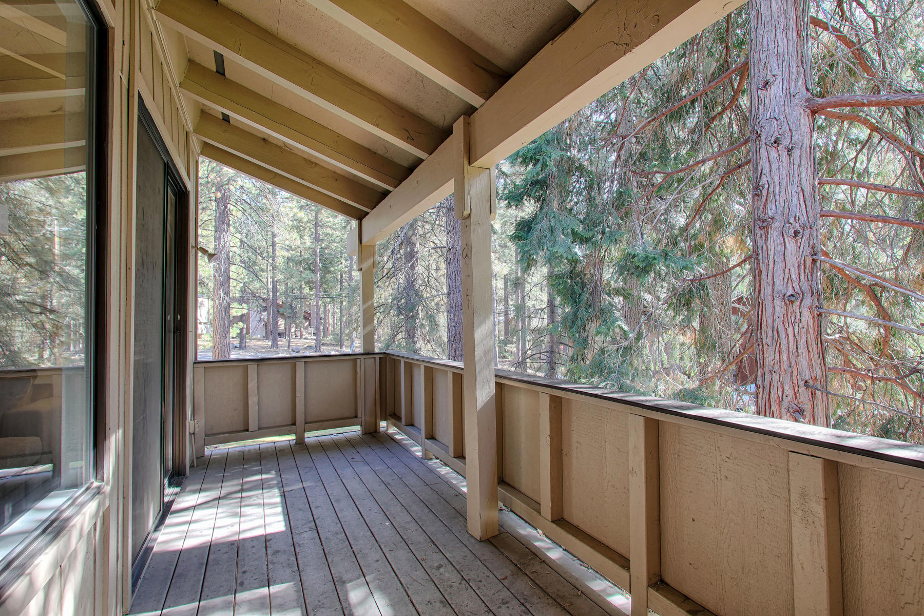 Additional photo for property listing at 321 Ski Way #210, Incline Village, NV 89451 321 Ski Way #210 Incline Village, Nevada 89451 United States