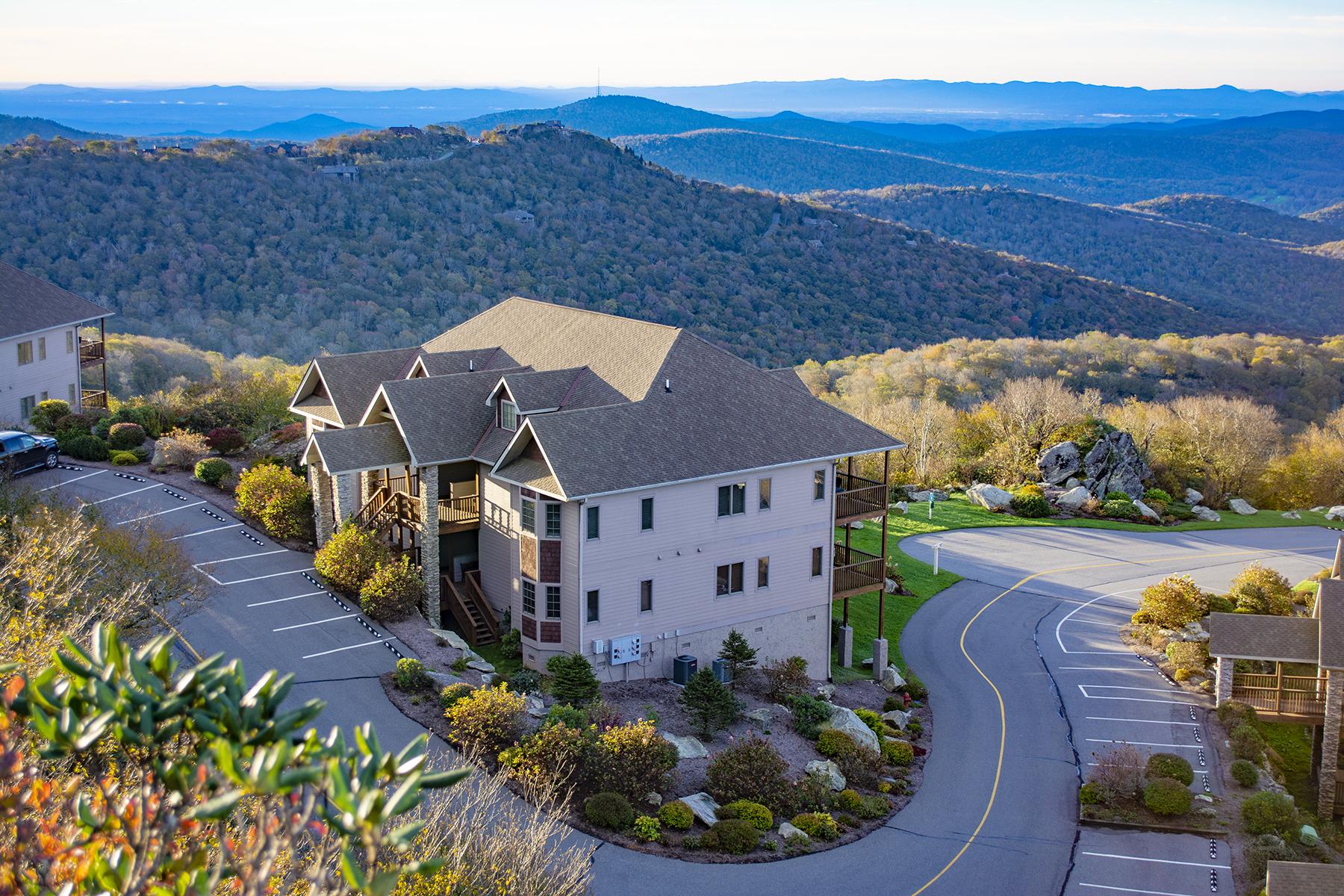 Condominium for Active at SUGAR MOUNTAIN - THE RESERVE AT SUGAR MOUNTAIN 166 Trails End Dr , D Sugar Mountain, North Carolina 28604 United States