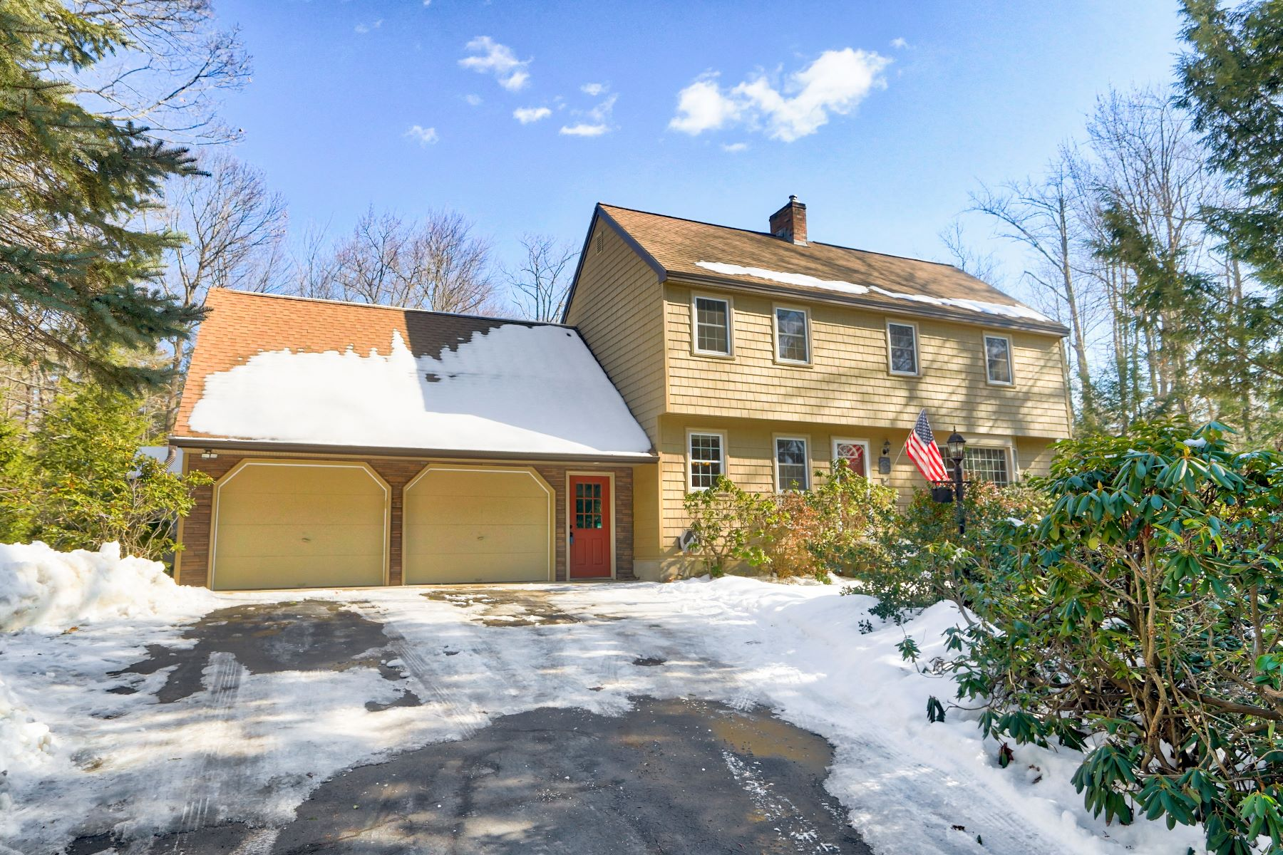 Single Family Homes for Sale at Make Your Dream Home a Reality! 9 Cambridge Road 223 Bedford, New Hampshire 03110 United States