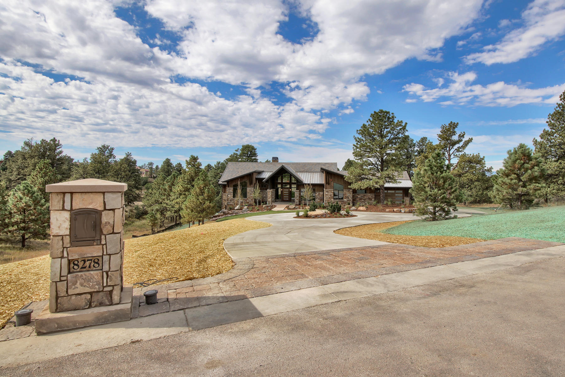 Additional photo for property listing at 8278 Whisperwood Ct 8278 Whisperwood Ct Parker, Colorado 80134 United States