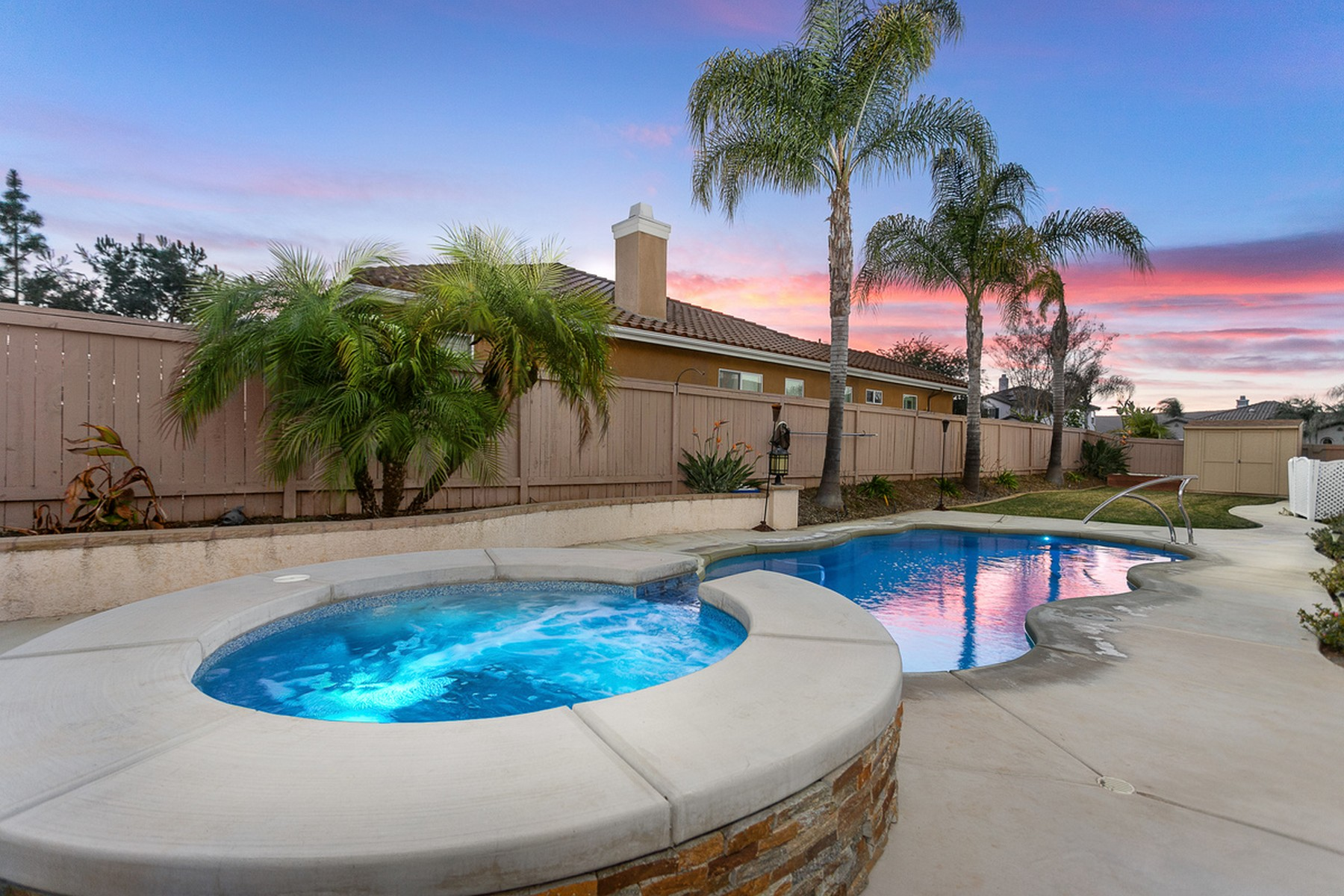 Single Family Homes para Venda às San Marcos, Califórnia 92069 Estados Unidos