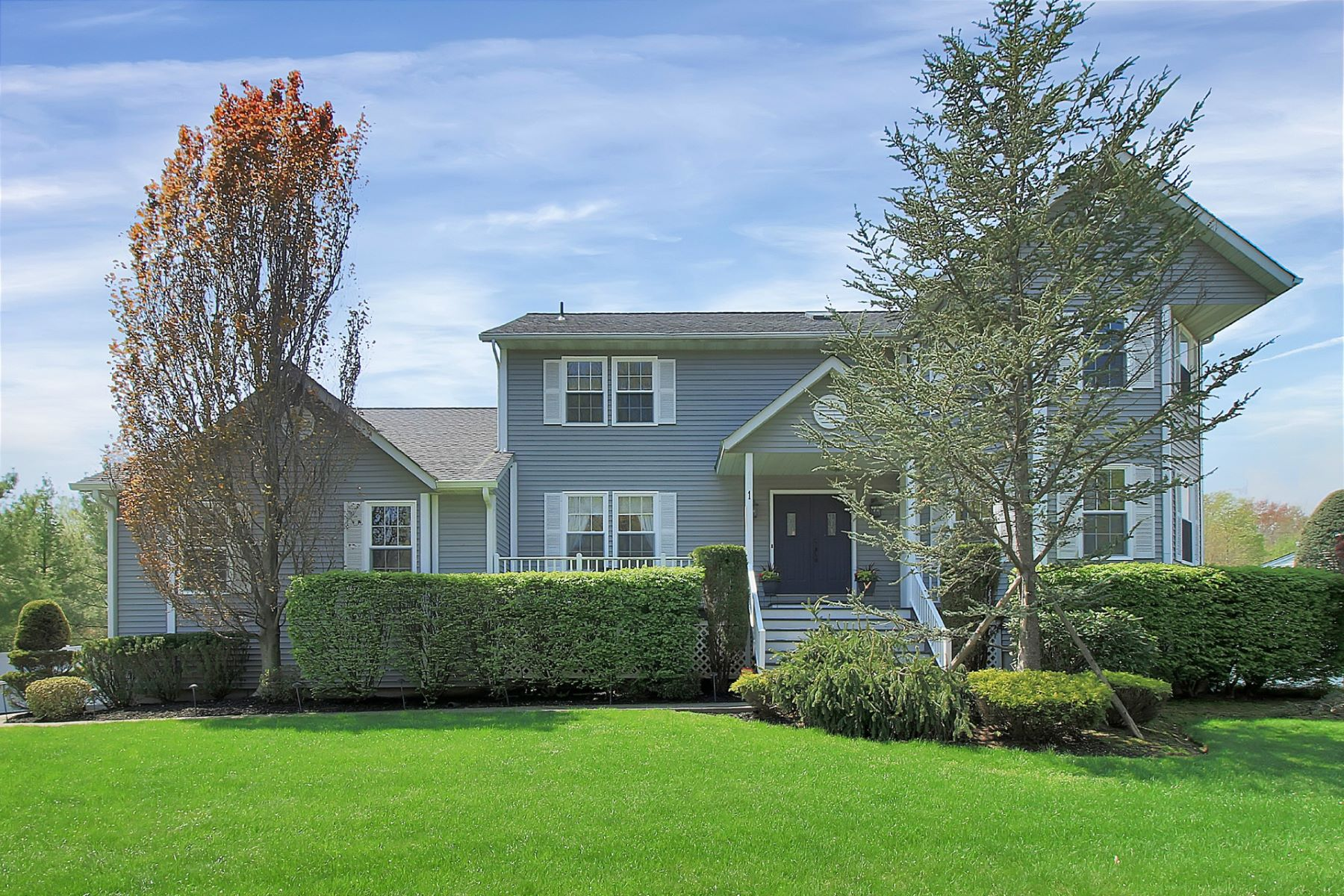 Single Family Home for Sale at Magnificent Center Hall Colonial 1 Ridgefield Road New City, New York 10956 United States