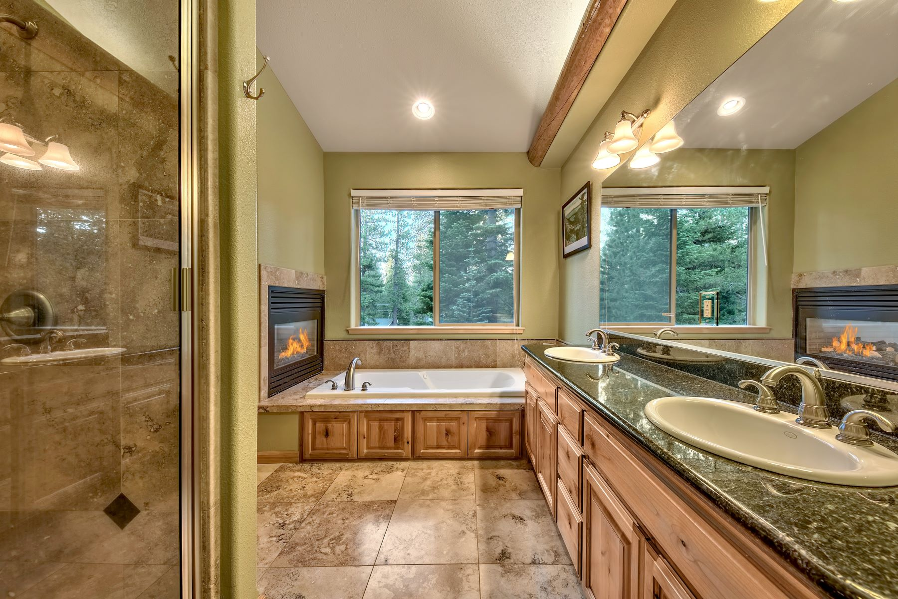 Additional photo for property listing at Turnkey Home 639 Tehama Drive South Lake Tahoe, California 96150 United States