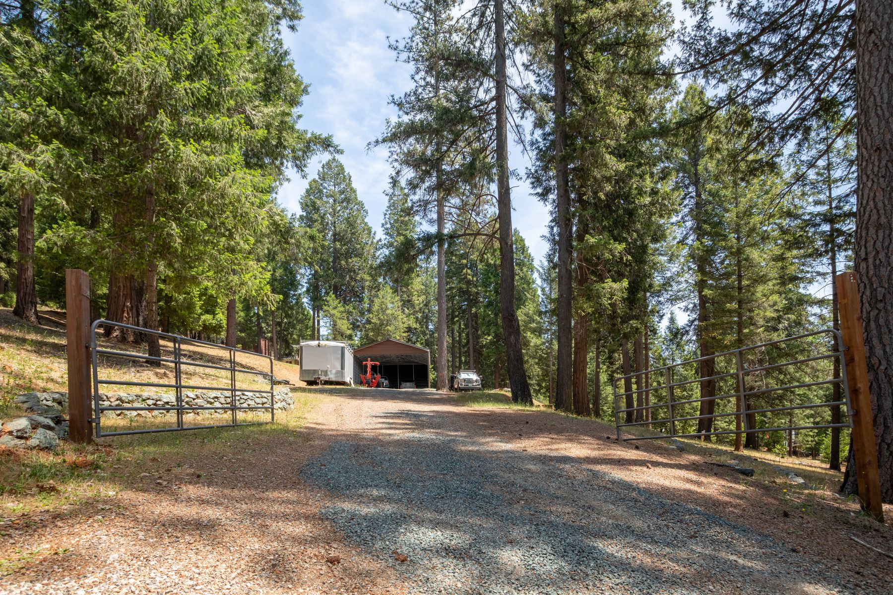 Additional photo for property listing at 11627 Caroline Lane Nevada City, California 95959 United States