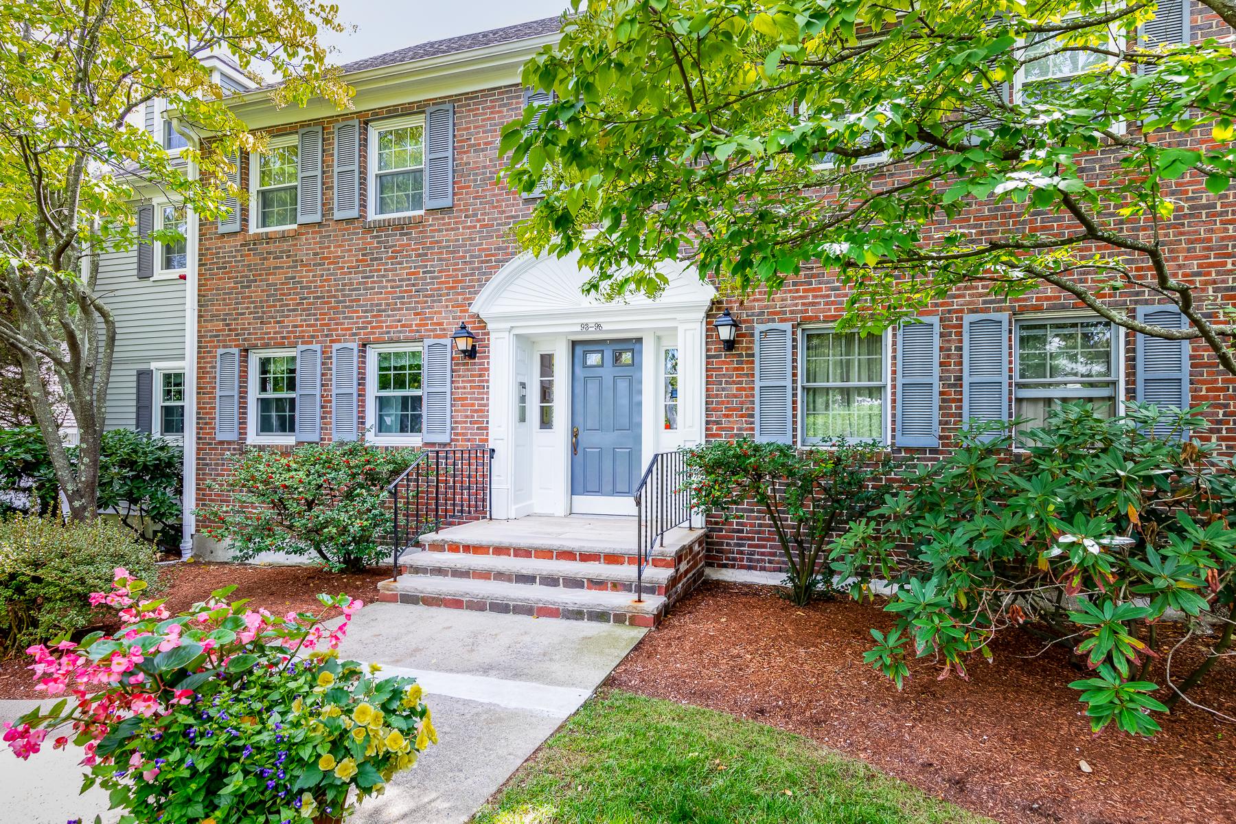 Condominiums por un Venta en Single Level Living 96 Freedom Hollow Salem, Massachusetts 01970 Estados Unidos