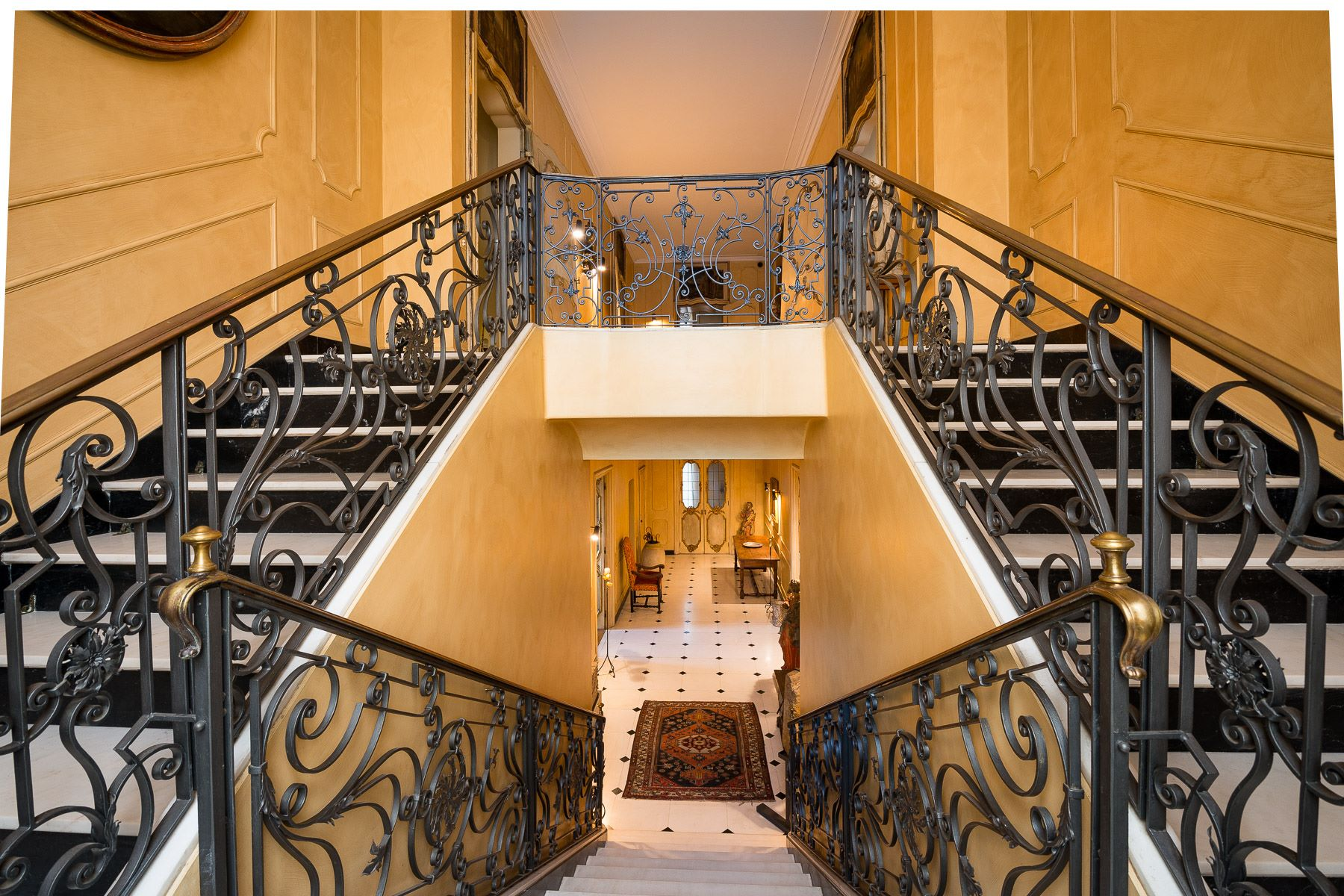 Apartment for Sale at Stunning and highly representative penthouse Torino, Turin 10128 Italy