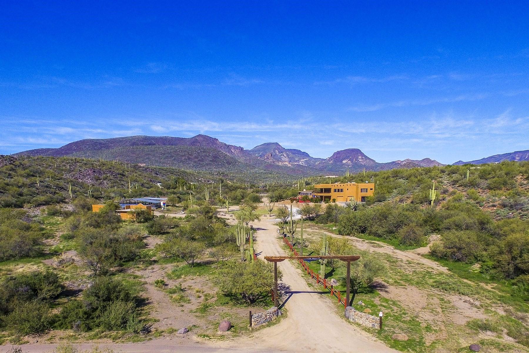 단독 가정 주택 용 매매 에 Custom private home in Cave Creek 5180 E Rockaway Hills Dr, Cave Creek, 아리조나, 85331 미국
