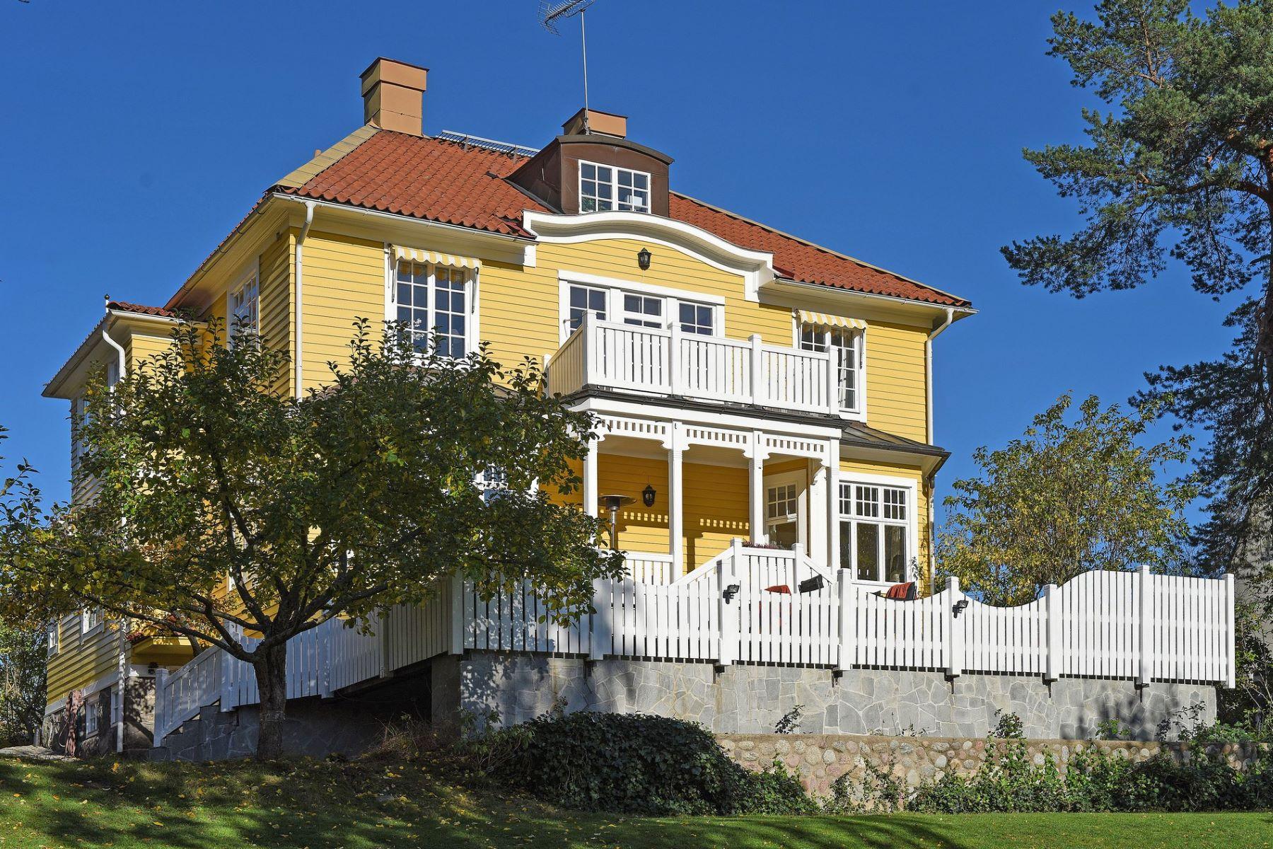 Single Family Home for Sale at Vendevägen 12 Lidingo, Stockholm, 181 31 Sweden