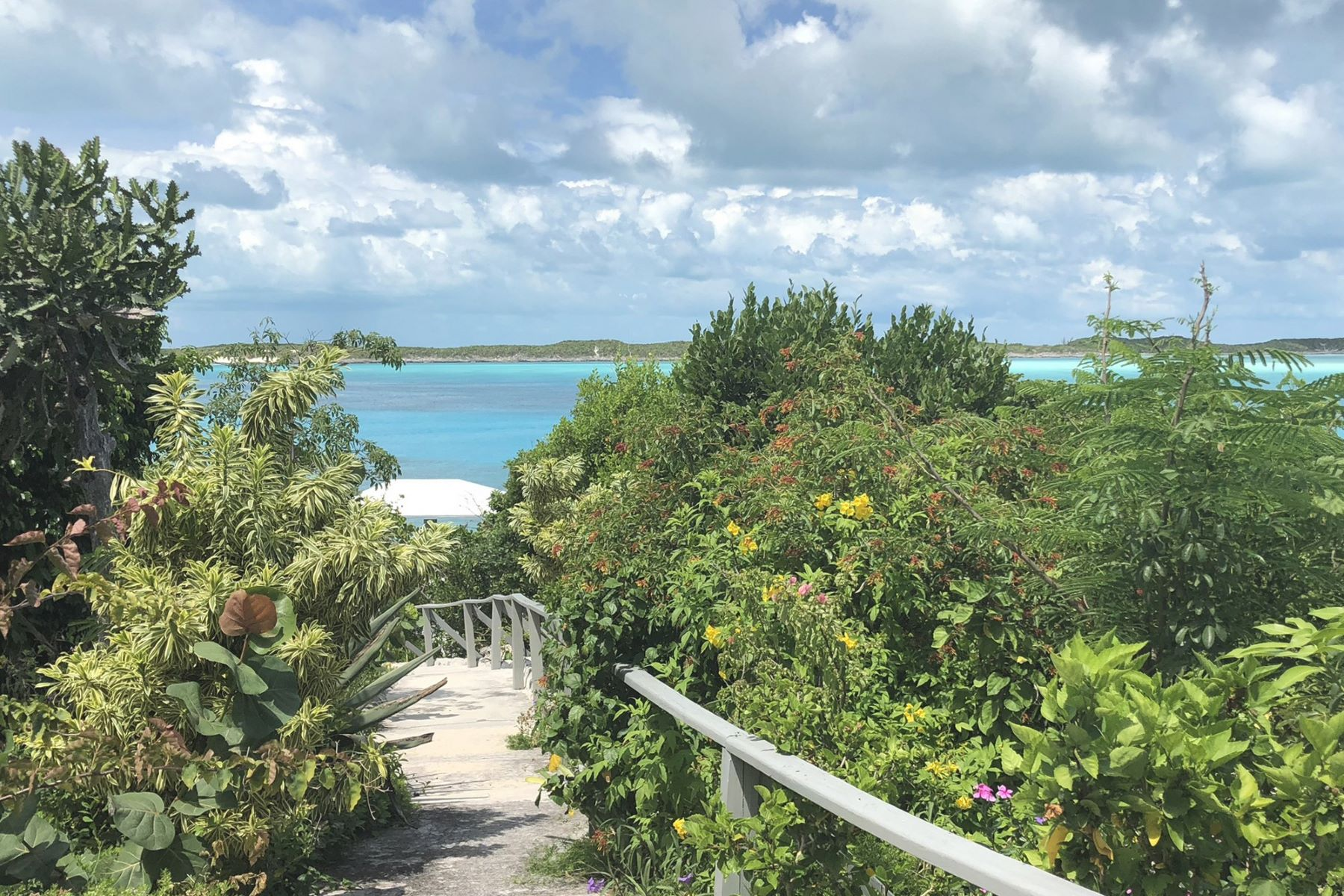 Additional photo for property listing at Exuma Cays, エクスマ バハマ
