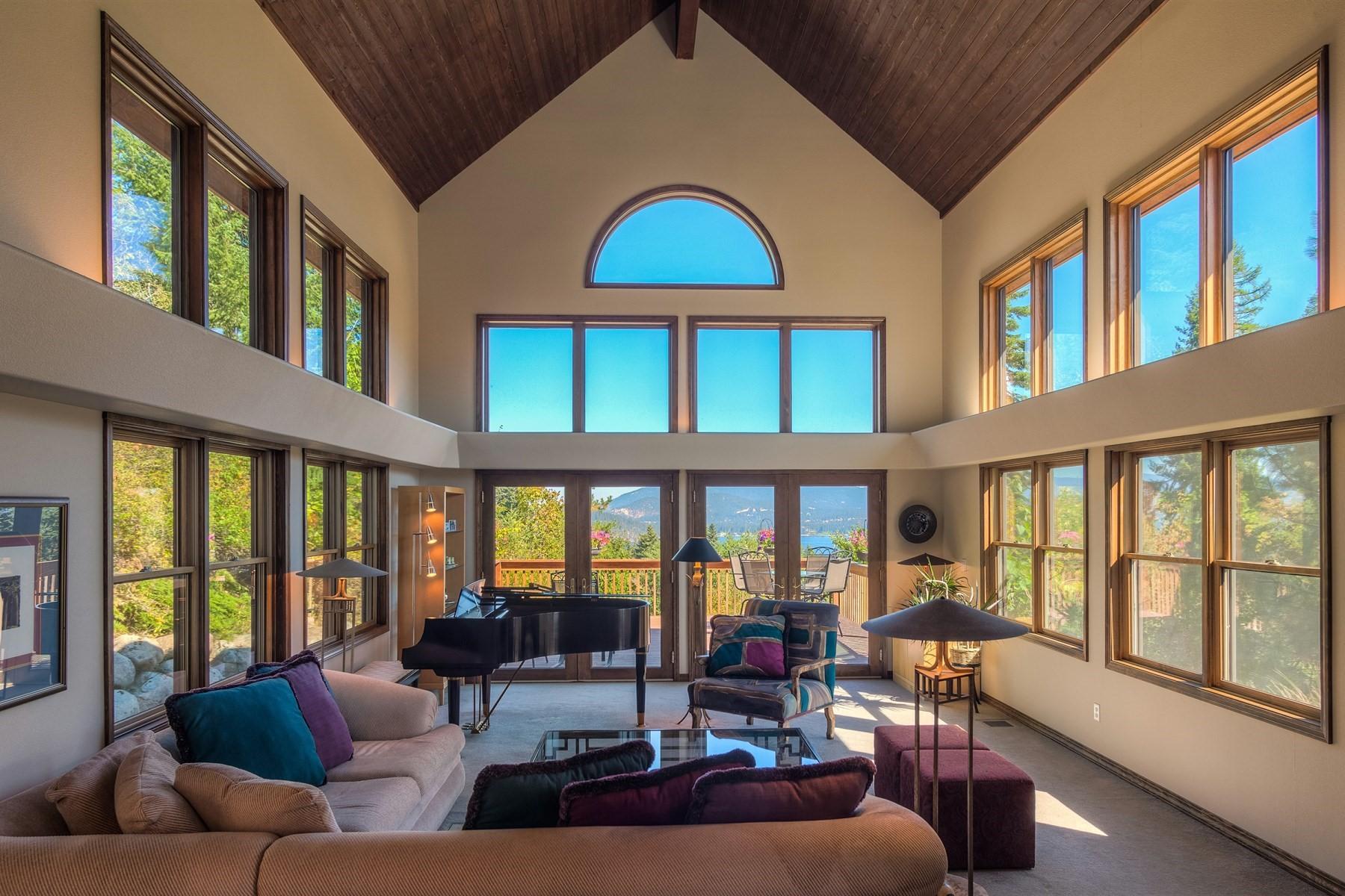 Casa para uma família para Venda às Harborview Drive 1003 Harbor View Dr W, Coeur D Alene, Idaho, 83814 Estados Unidos
