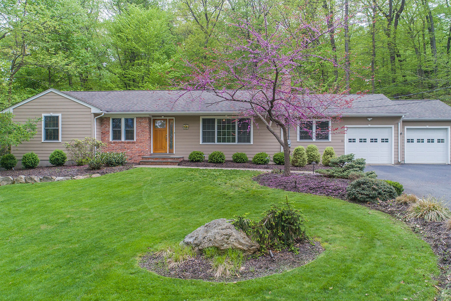 Single Family Homes for Sale at Form Meets Function! 11 Glenwood Drive Montville, New Jersey 07045 United States