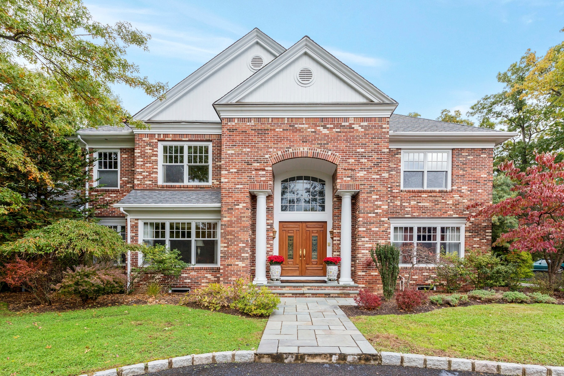 Single Family Homes for Sale at Magnificent Custom Colonial 910 Bailey Court Westfield, New Jersey 07090 United States