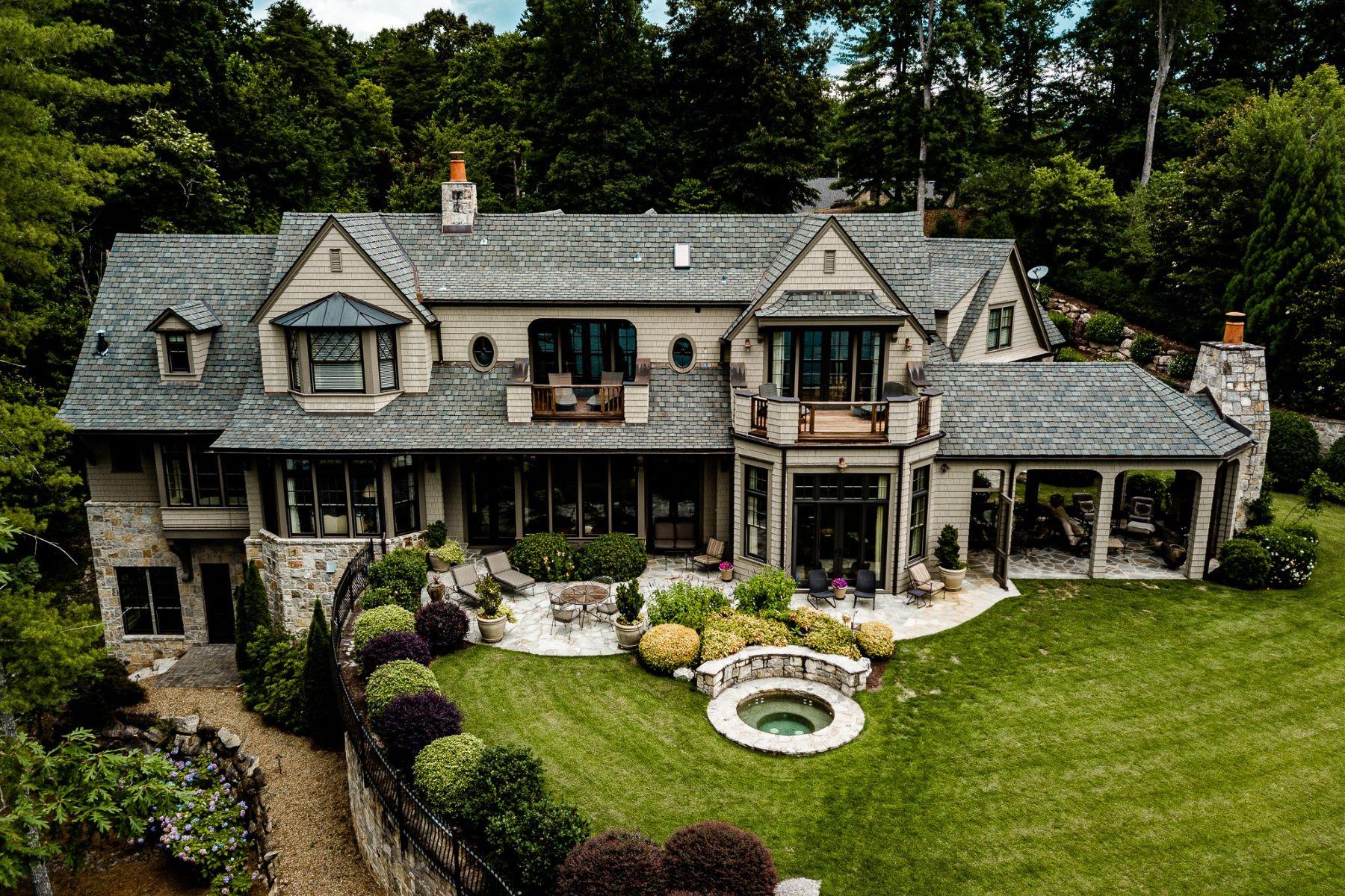 Single Family Homes por un Venta en One of the Finest on Keowee 104 Nine Bark Way, Sunset, Carolina del Sur 29685 Estados Unidos