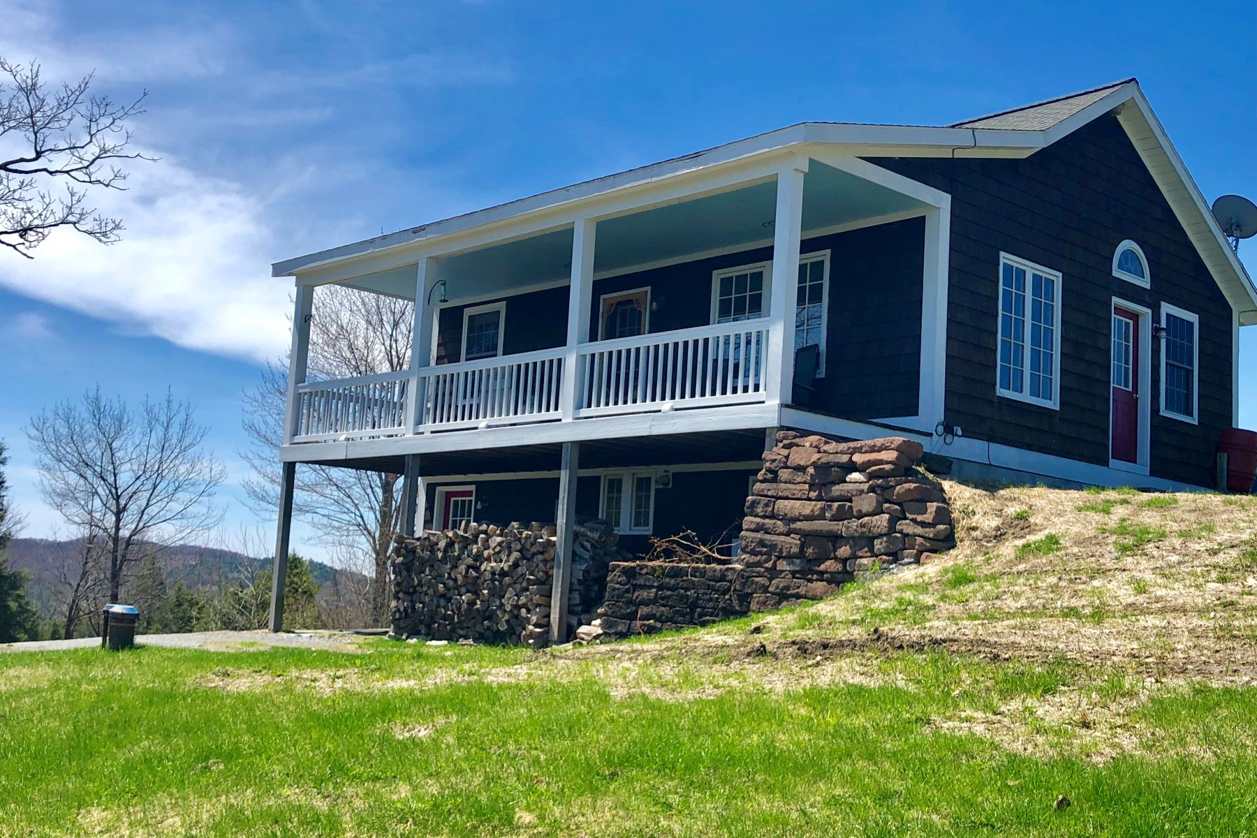 single family homes for Sale at South Road 4823 South Rd Bradford, Vermont 05033 United States
