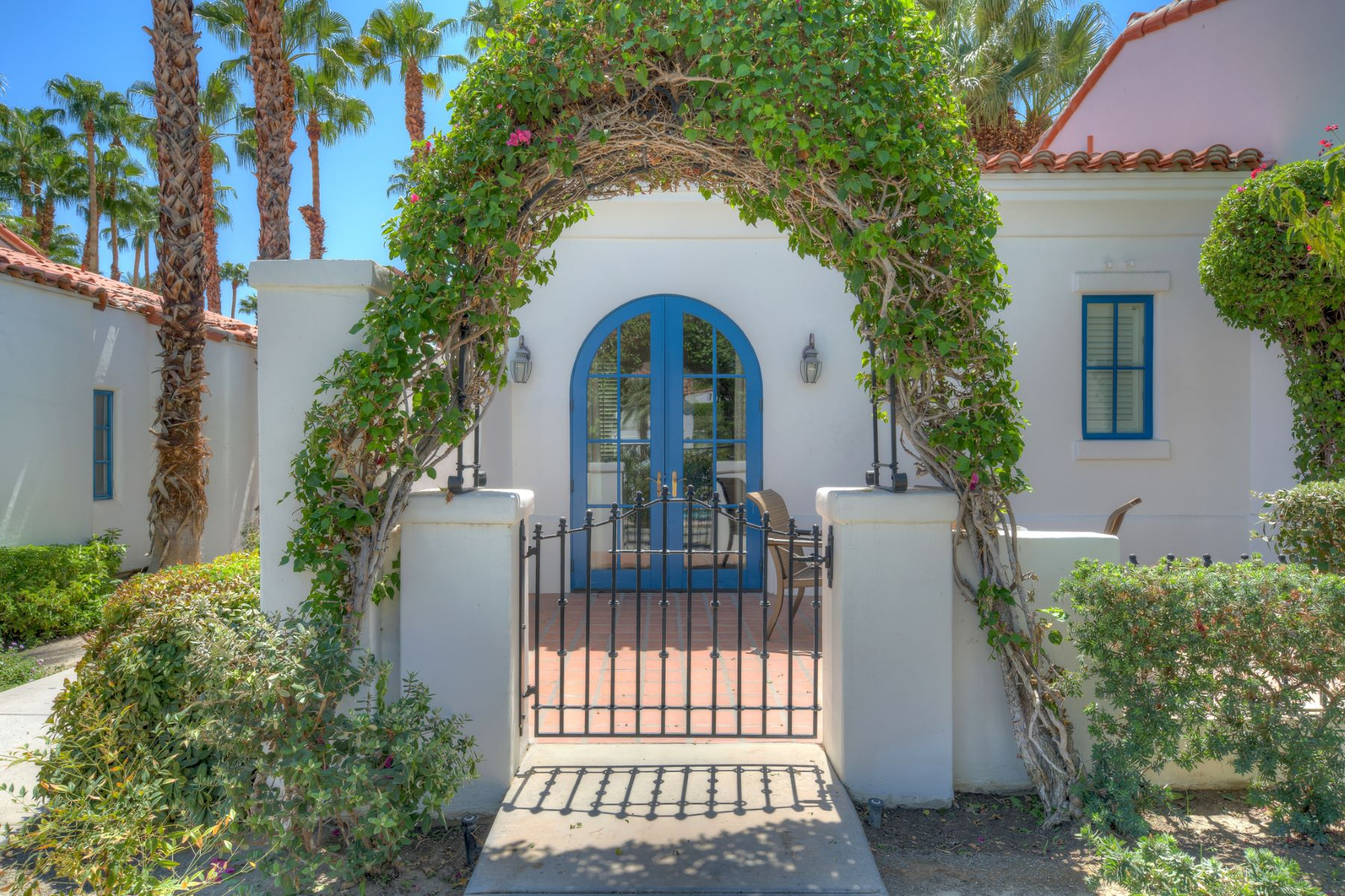 Single Family Homes for Active at The La Quinta Resort Spa Villa 49500 Avenida Obregon La Quinta, California 92253 United States