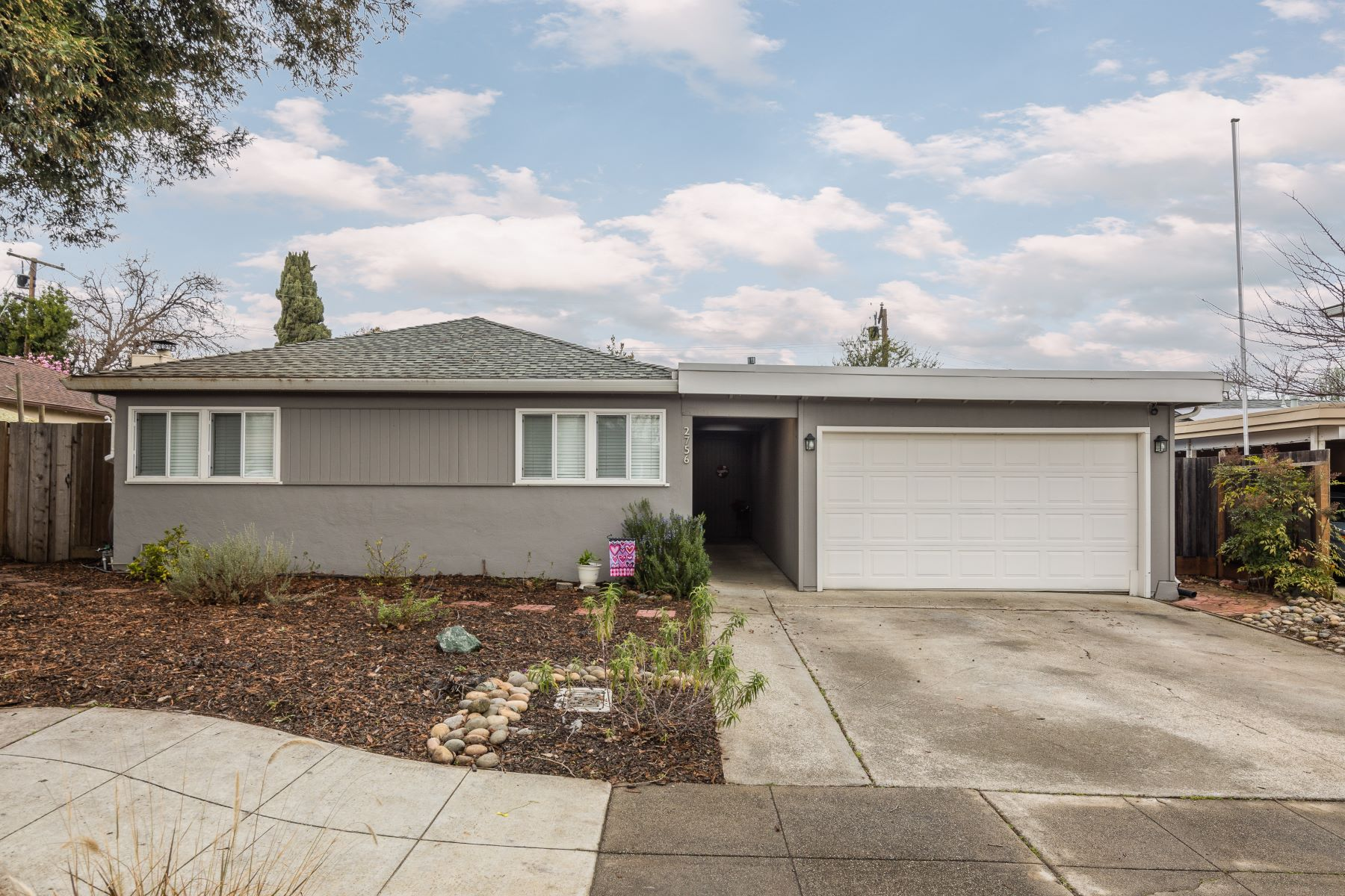 Single Family Home for Active at Modern Ranch Home 2756 Sussex Way Redwood City, California 94061 United States