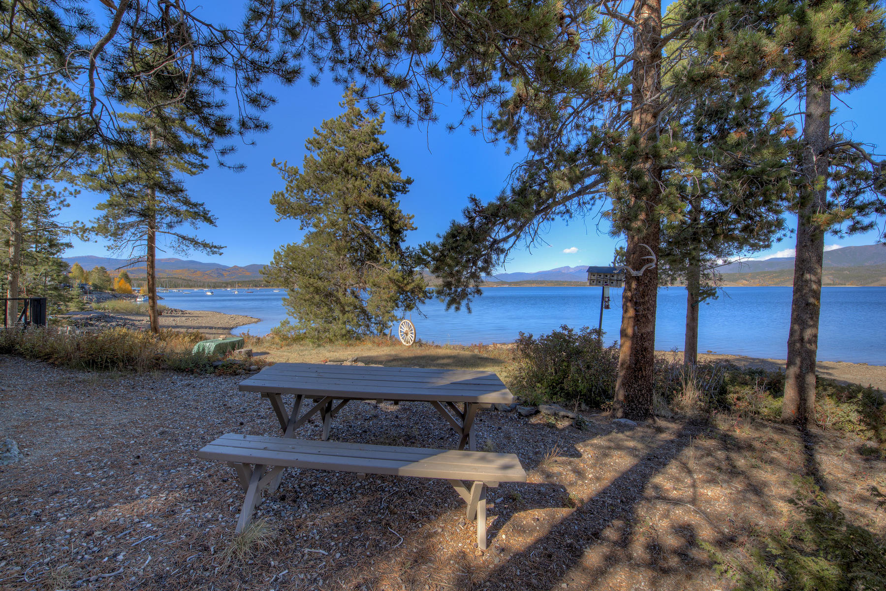 Single Family Homes for Active at Cabin on the Lake 30 GCR 6124 Granby, Colorado 80446 United States