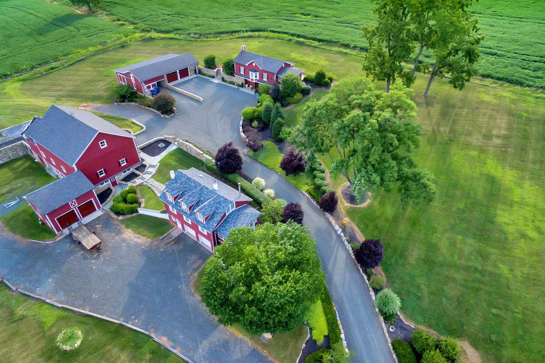 Частный односемейный дом для того Продажа на Magnificently Restored Farm 109 Old Turnpike Road Tewksbury Township, 08858 Соединенные Штаты